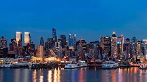 Фотографии Штаты Небоскребы Речка Пирсы Нью-Йорк Ночные Мегаполиса Города