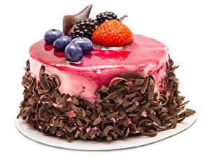 Обои Сладкая еда Торты Клубника Черника Ежевика Шоколад Белом фоне Пища