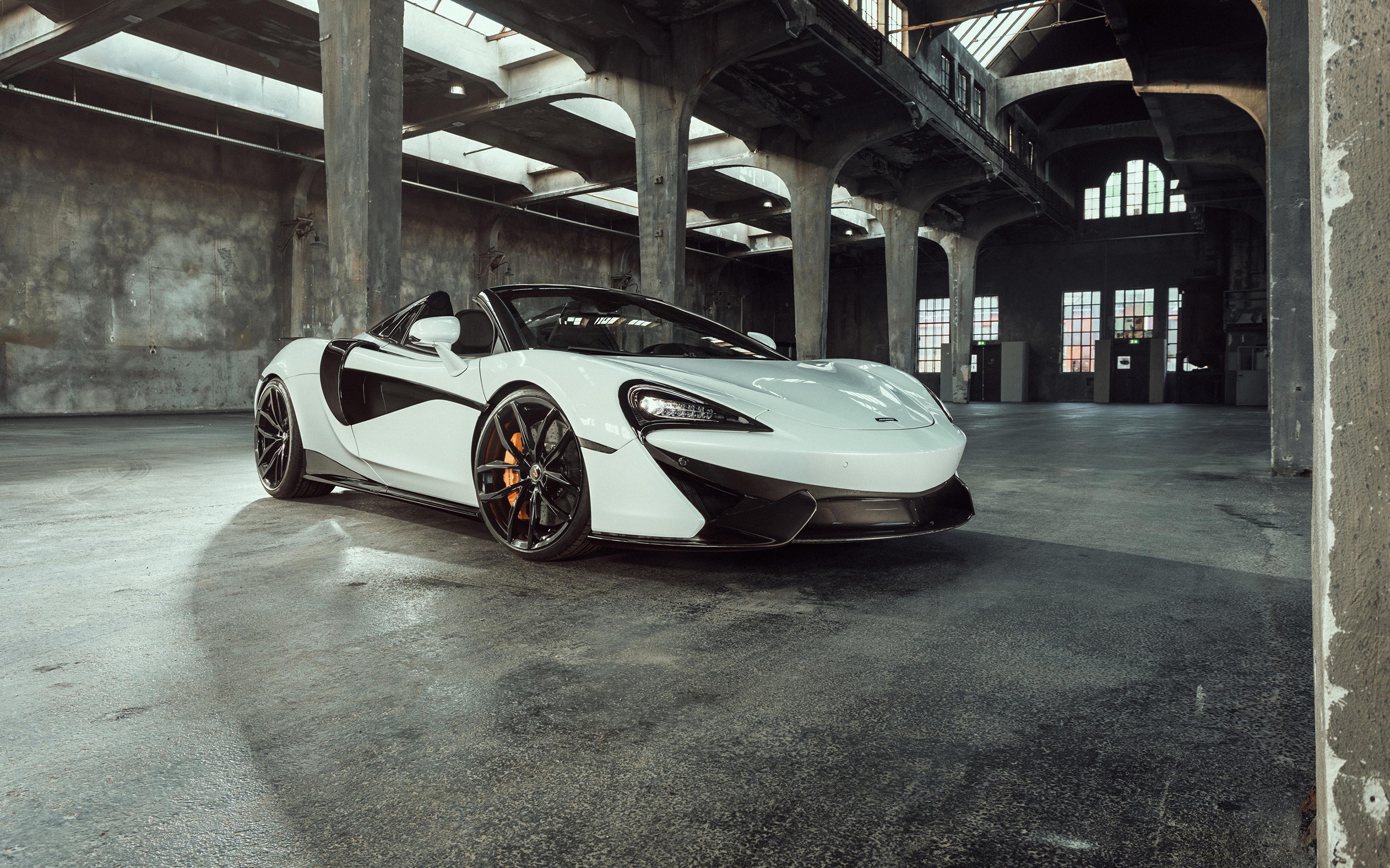 Фотография 2018 McLaren Senna Родстер белая Металлик Автомобили 3840x2400 Макларен белых белые Белый Авто Машины