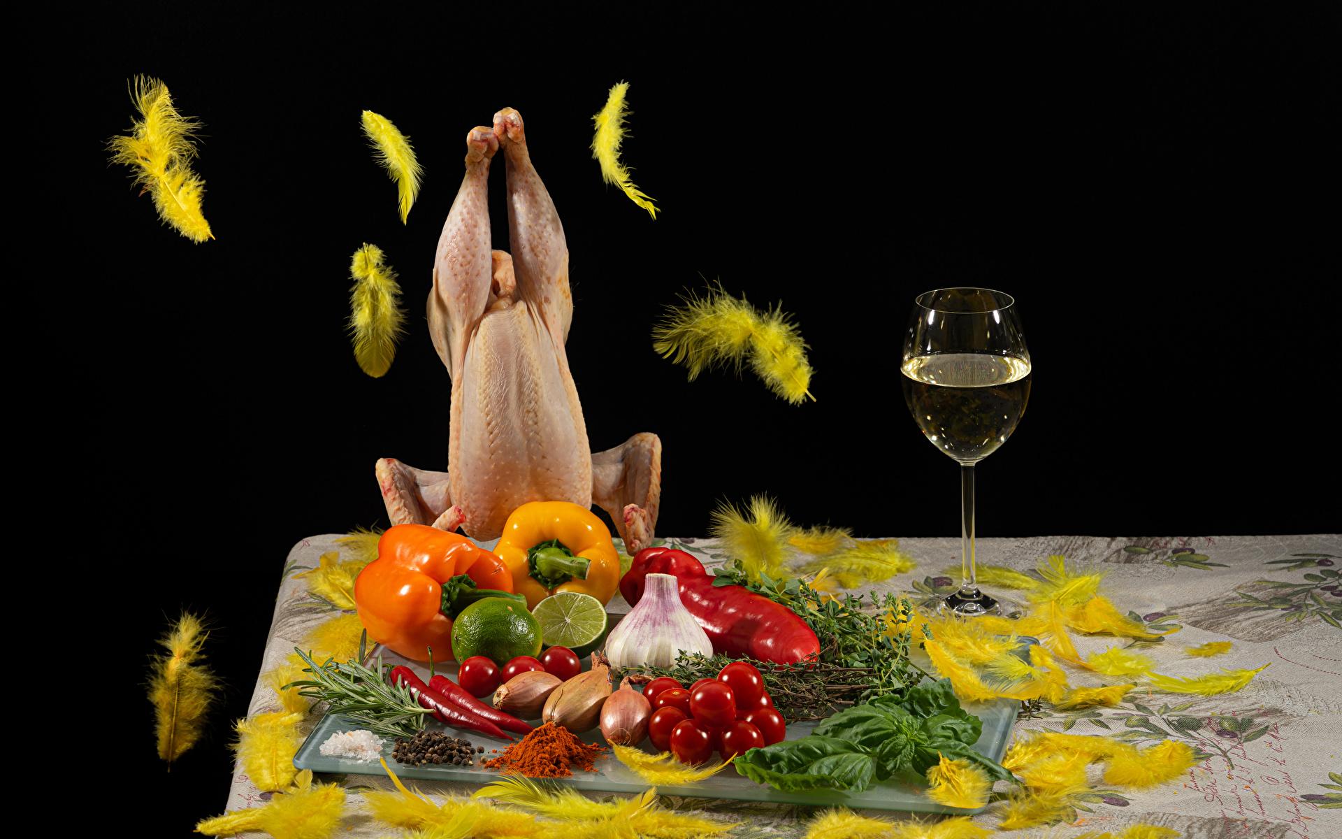 Фотография Вино Лайм Помидоры Курятина Лук репчатый Перья Чеснок Пища Овощи Перец бокал 1920x1200 Томаты Еда Бокалы перец овощной Продукты питания