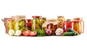 Картинки Овощи Томаты Огурцы Лук репчатый Чеснок Банка Еда