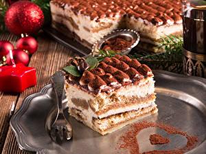 Картинки Сладкая еда Торты Праздники Новый год Вилка столовая
