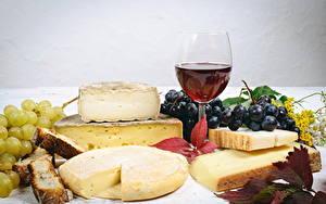 Фотографии Сыры Виноград Вино Бокалы Еда