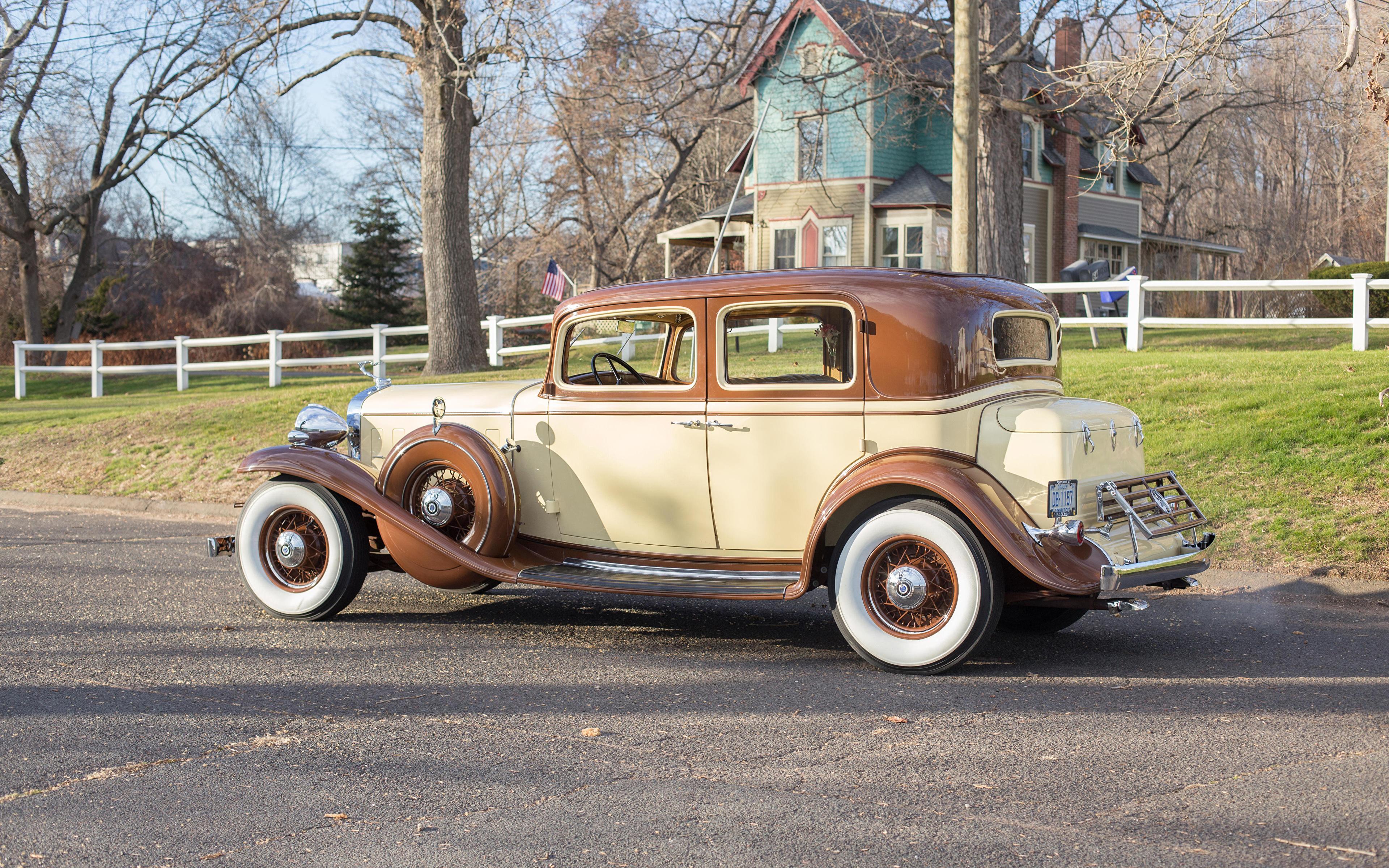 Картинка Cadillac 1932 V12 370-B Town Sedan by Fisher Сбоку Автомобили 3840x2400 Кадиллак авто машины машина автомобиль