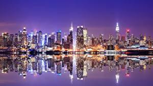 Обои Небоскребы Штаты Дома Море Нью-Йорк Ночь Уличные фонари город