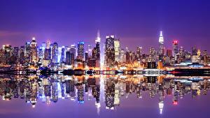 Картинка Штаты Небоскребы Реки Нью-Йорк Ночь Манхэттен Города