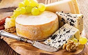 Картинки Сыры Виноград Нож Орехи Крупным планом Продукты питания