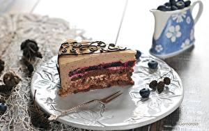 Картинка Торты Пирожное Тарелка Еда