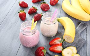 Картинки Напитки Сок Клубника Бананы 2 Банка Продукты питания