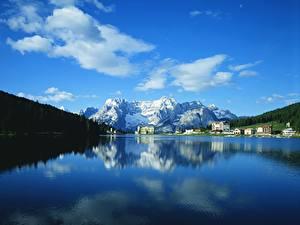 Картинка Гора Небо Озеро Пейзаж Облака Природа