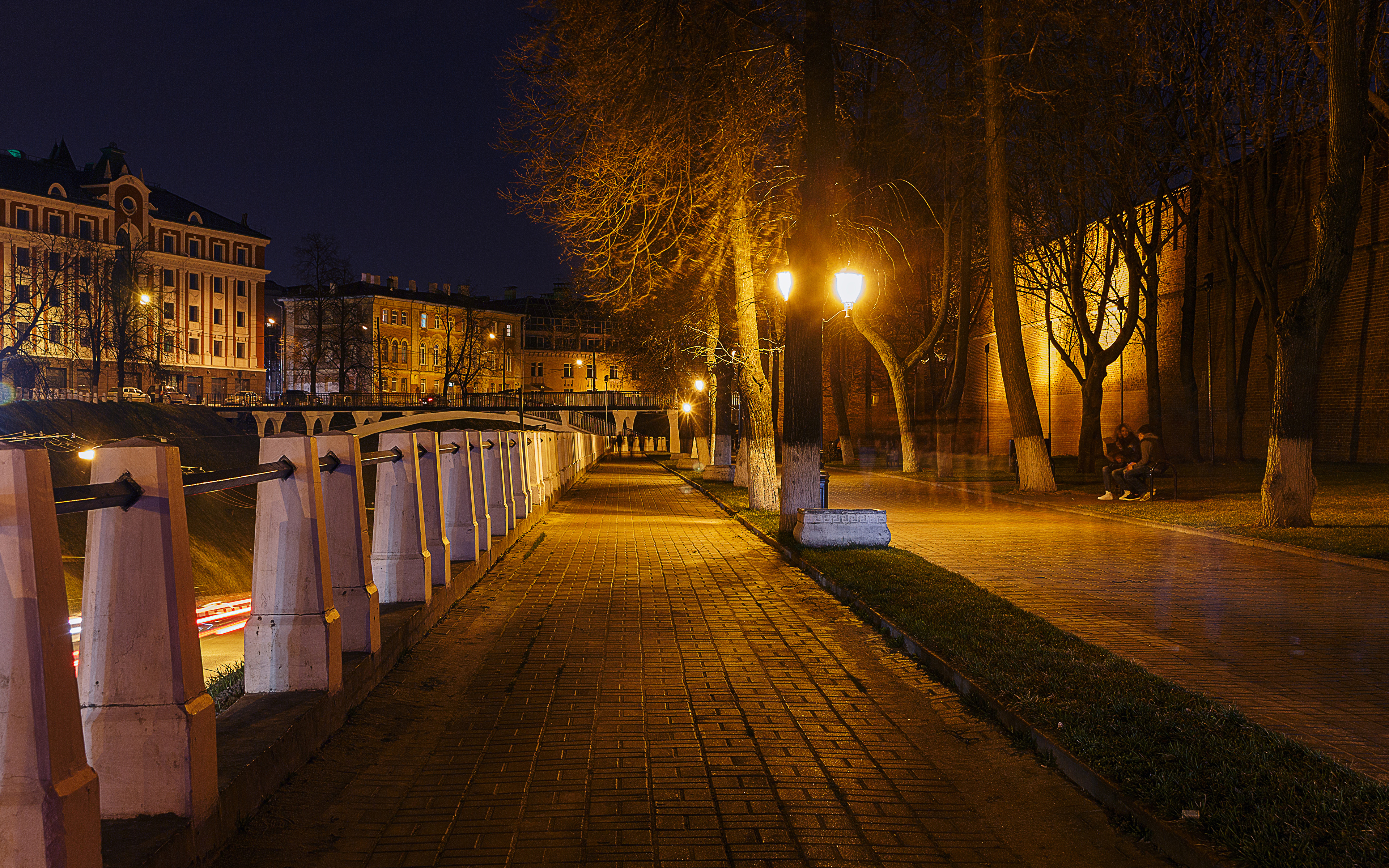 Обои фонари, забор, ночь, улица. Города foto 8