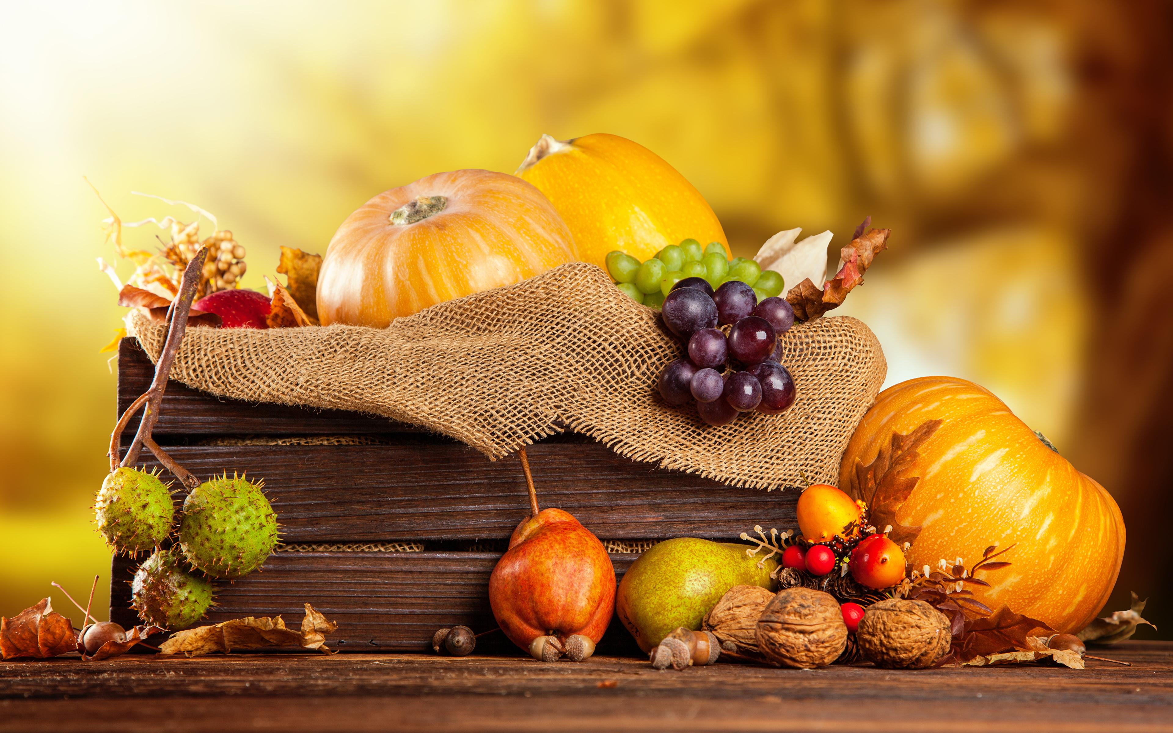 Фото Осень Тыква Груши Виноград Пища Орехи 3840x2400 осенние Еда Продукты питания