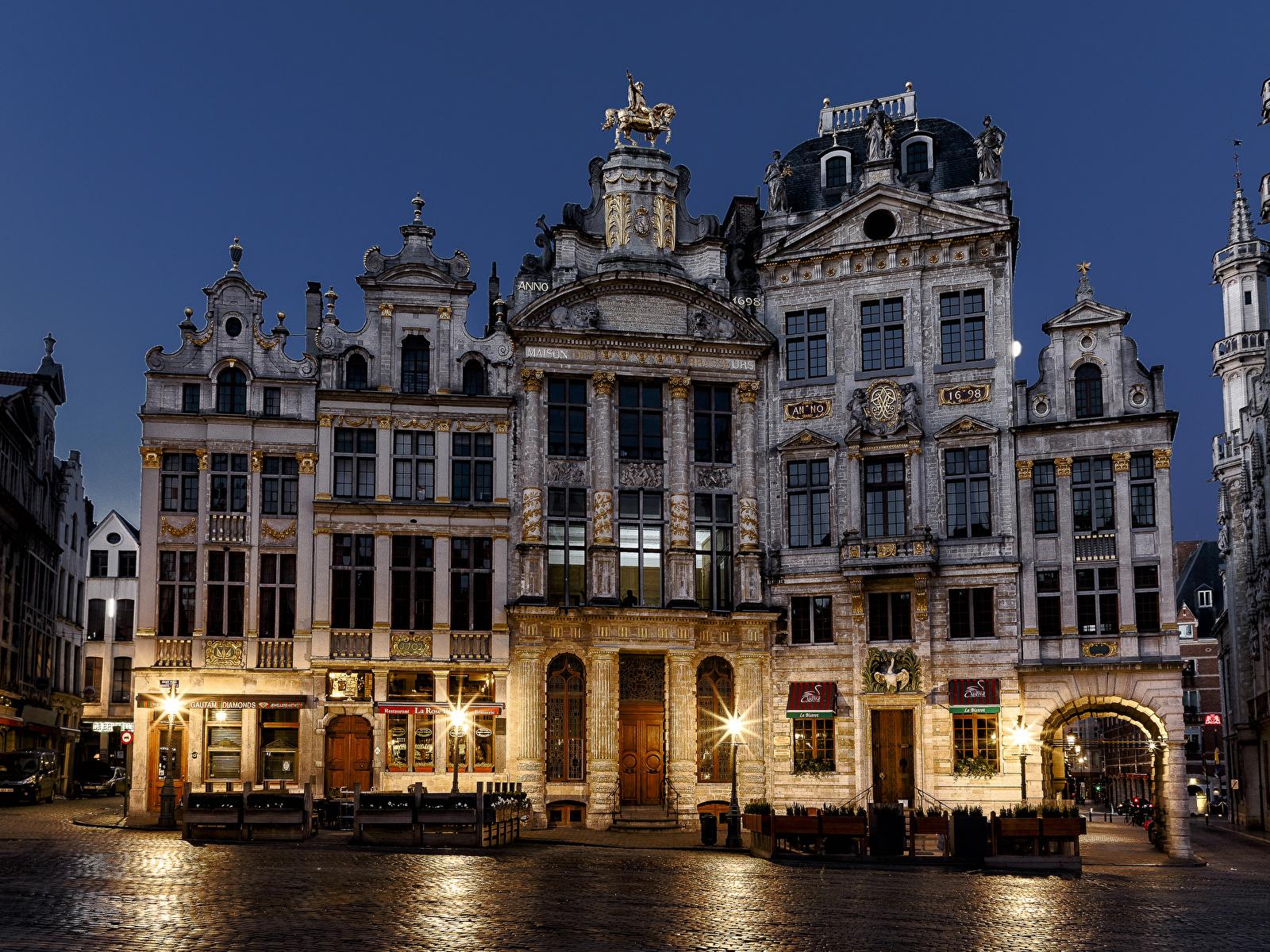 Фотография Бельгия Brussels в ночи Уличные фонари город Здания 1600x1200 Ночь ночью Ночные Дома Города