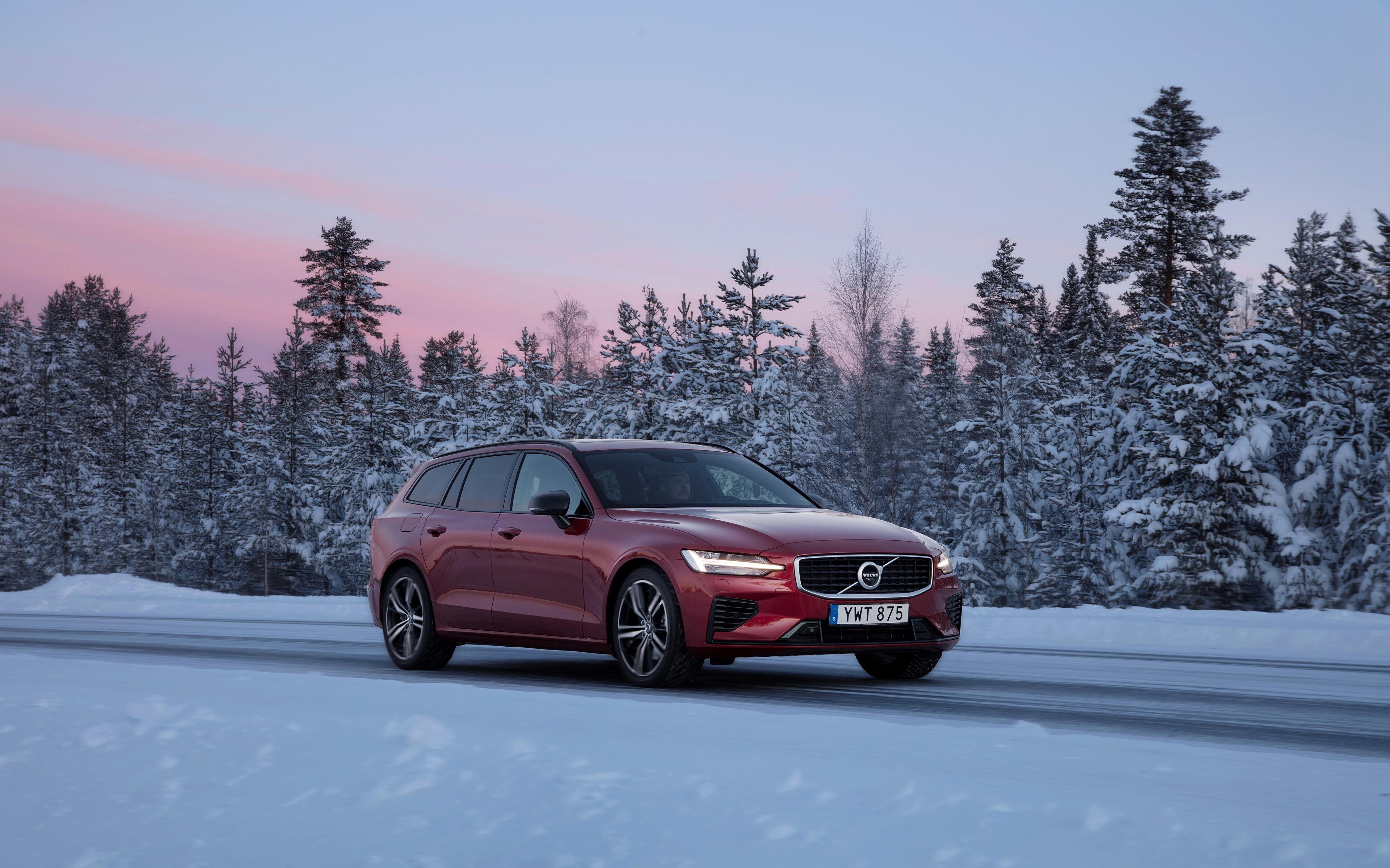 Картинки Вольво 2018-19 V60 T8 R-Design Worldwide бордовые авто Металлик 3840x2400 Volvo бордовая Бордовый темно красный машина машины автомобиль Автомобили