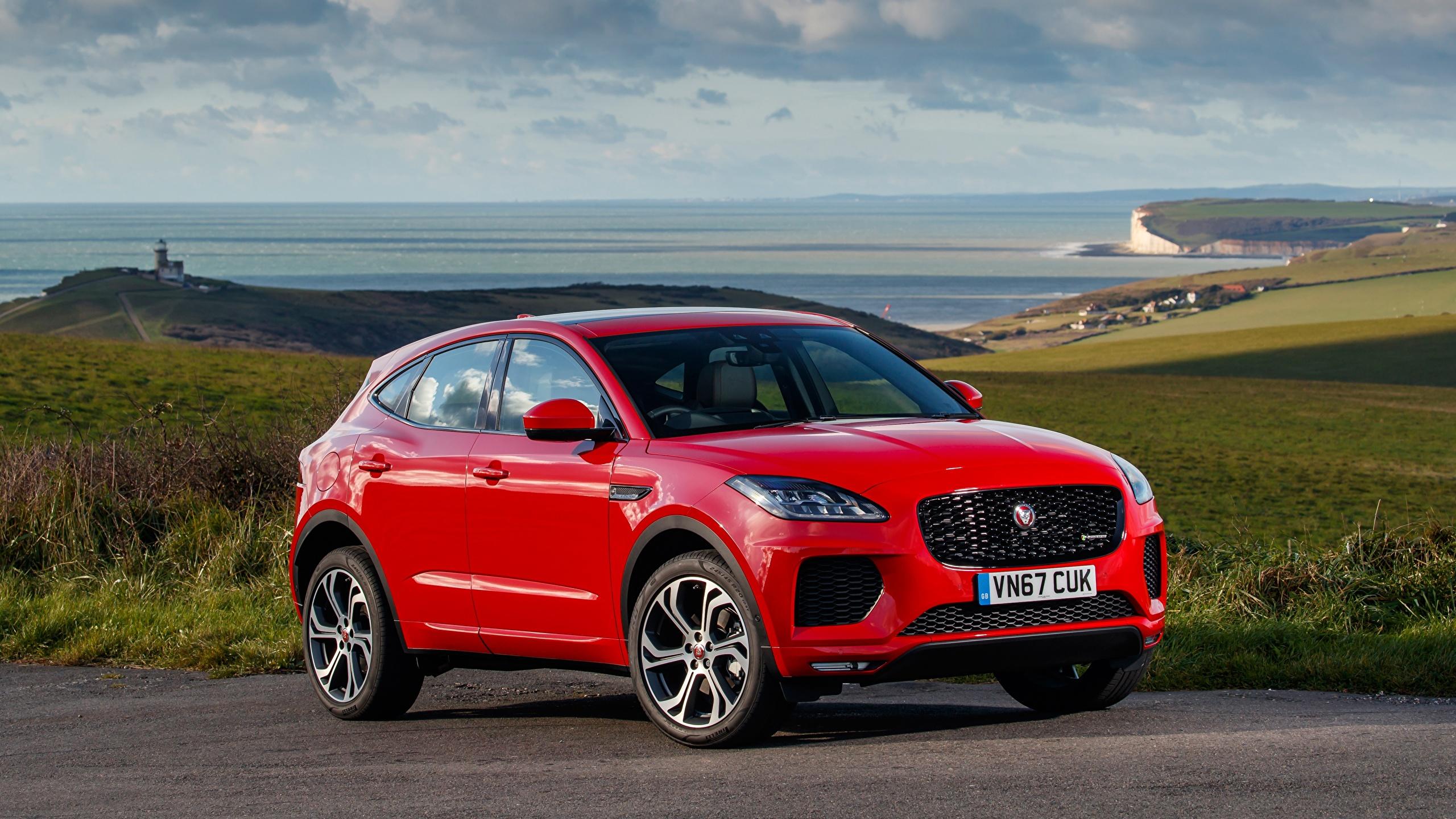 Обои для рабочего стола Jaguar CUV E-Pace, R-Dynamic, First Edition, UK-spec, 2017 Красный Автомобили 2560x1440 Ягуар Кроссовер красная красные красных авто машины машина автомобиль