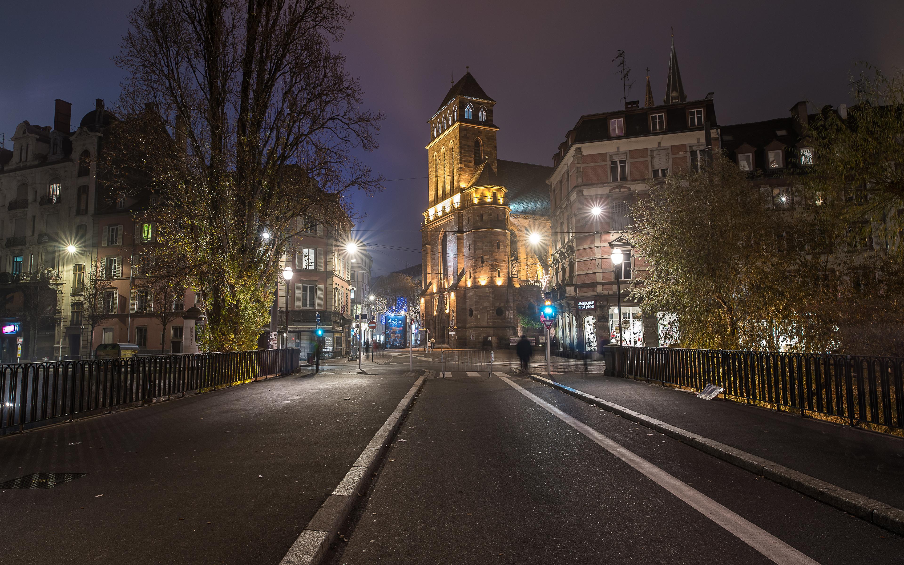 Обои фонари, забор, ночь, улица. Города foto 10