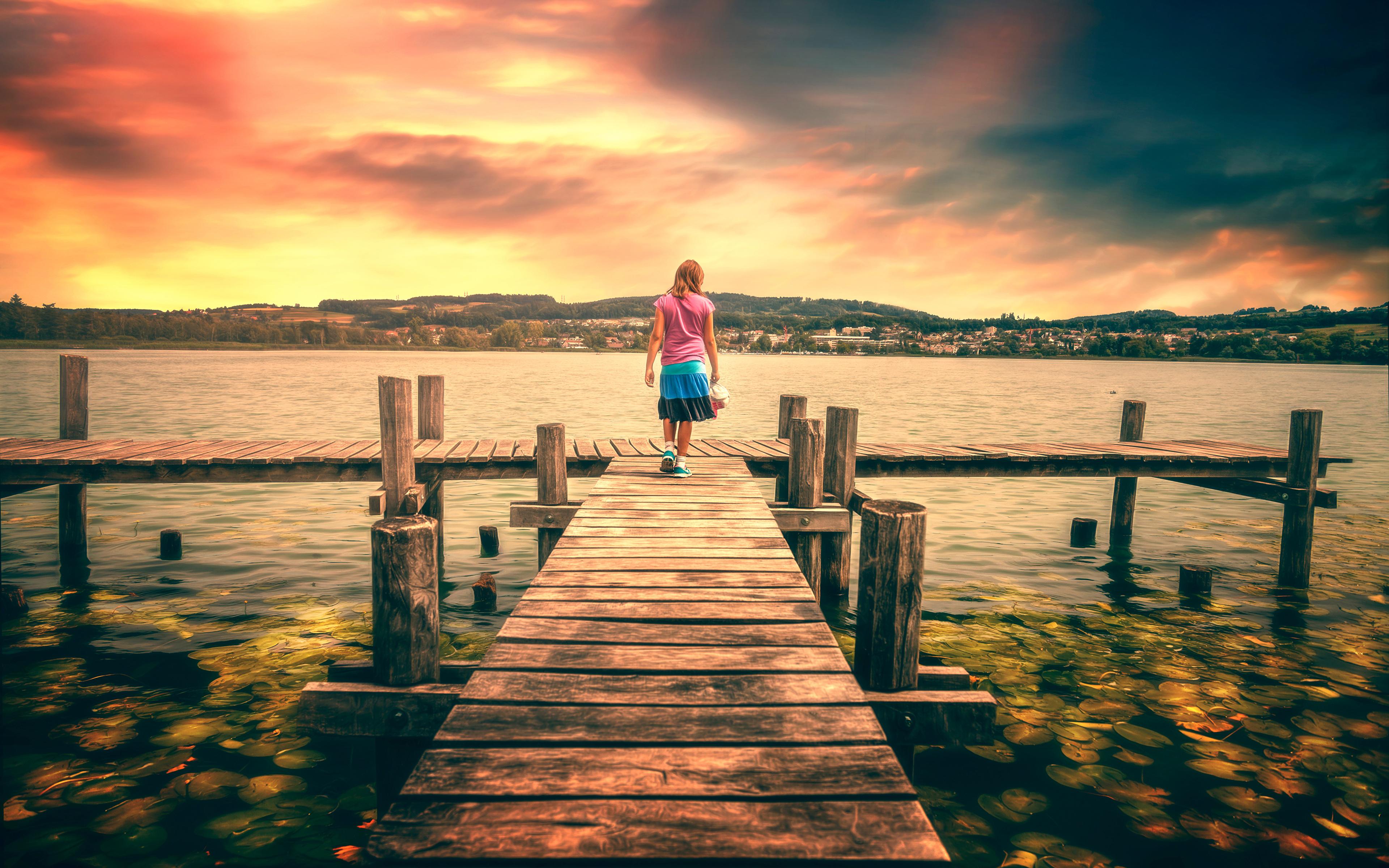 девушка озеро закат без смс