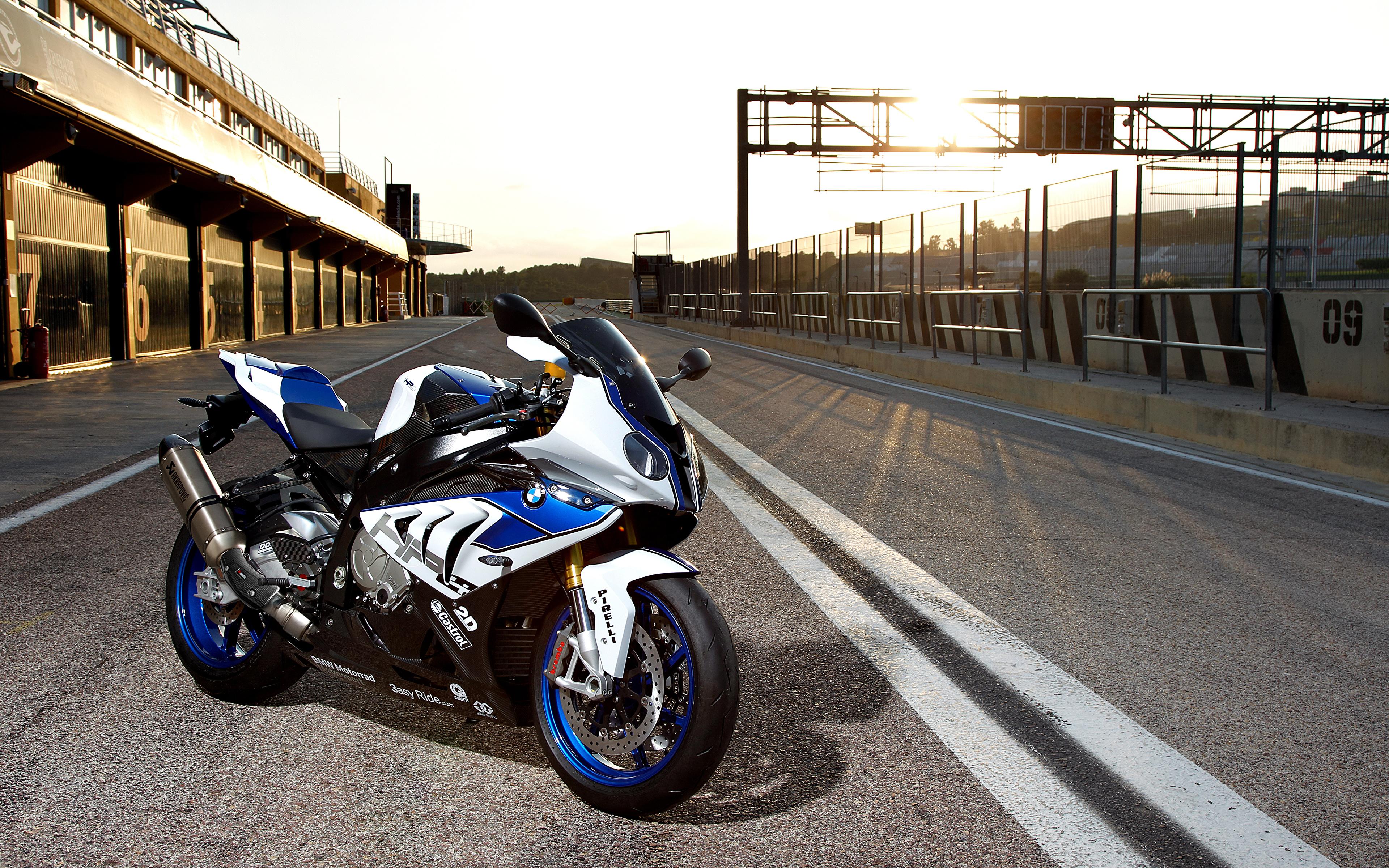 мотоцикл bmw синий бесплатно