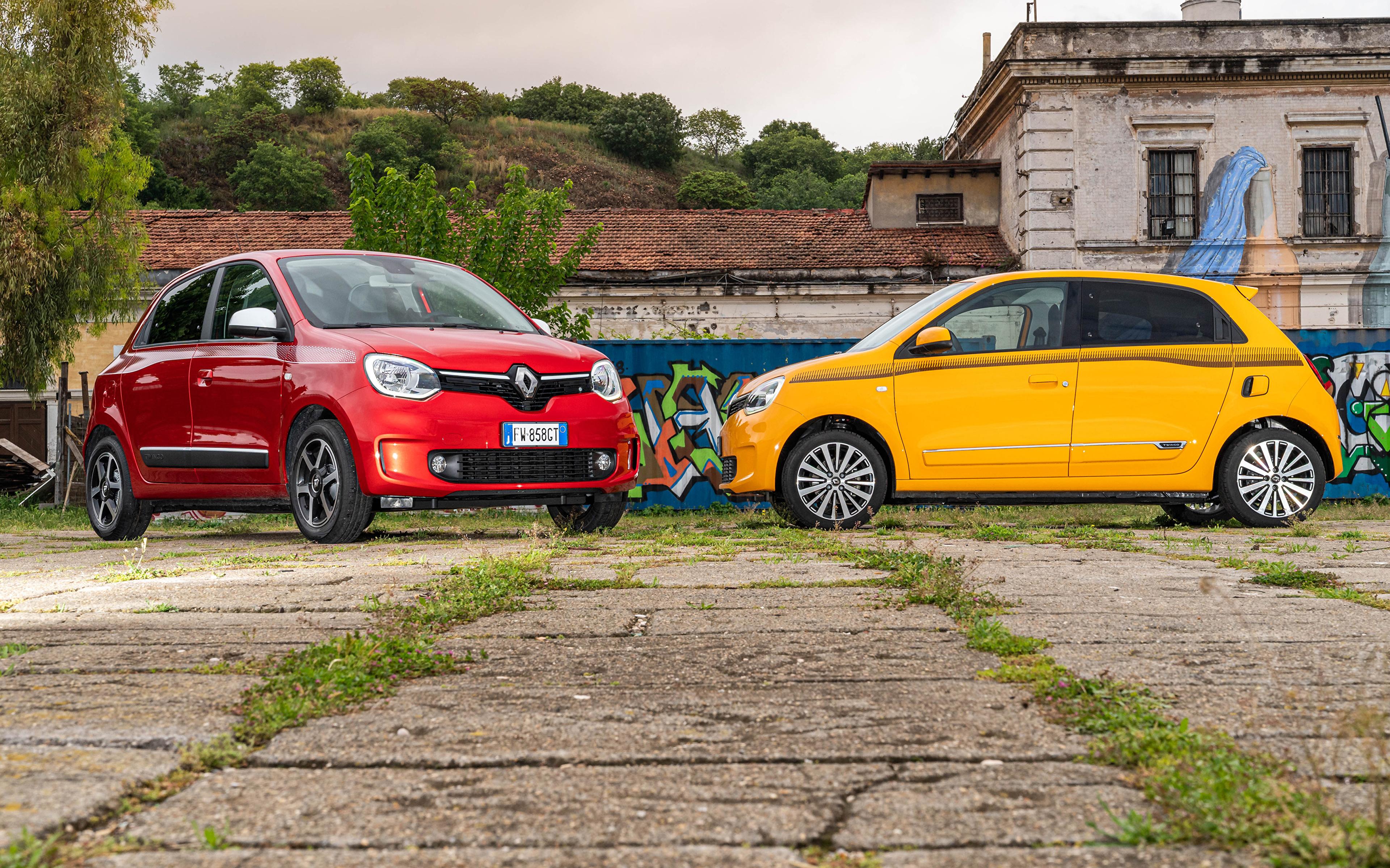 Фотографии Renault 2019-20 Twingo Worldwide два Автомобили 3840x2400 Рено 2 две Двое вдвоем авто машины машина автомобиль