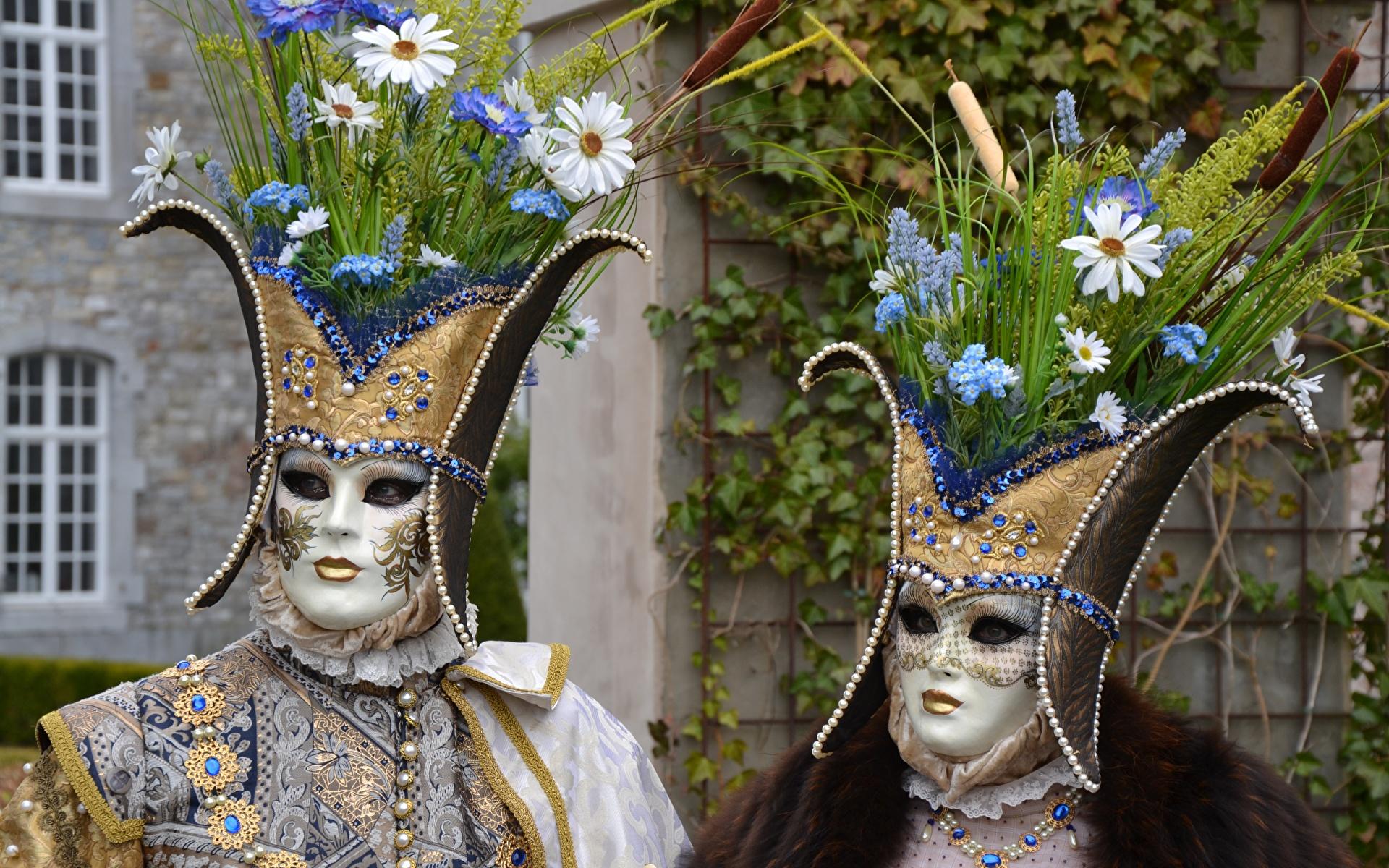 Фотографии букет 2 Маски Карнавал и маскарад 1920x1200 Букеты два две Двое вдвоем