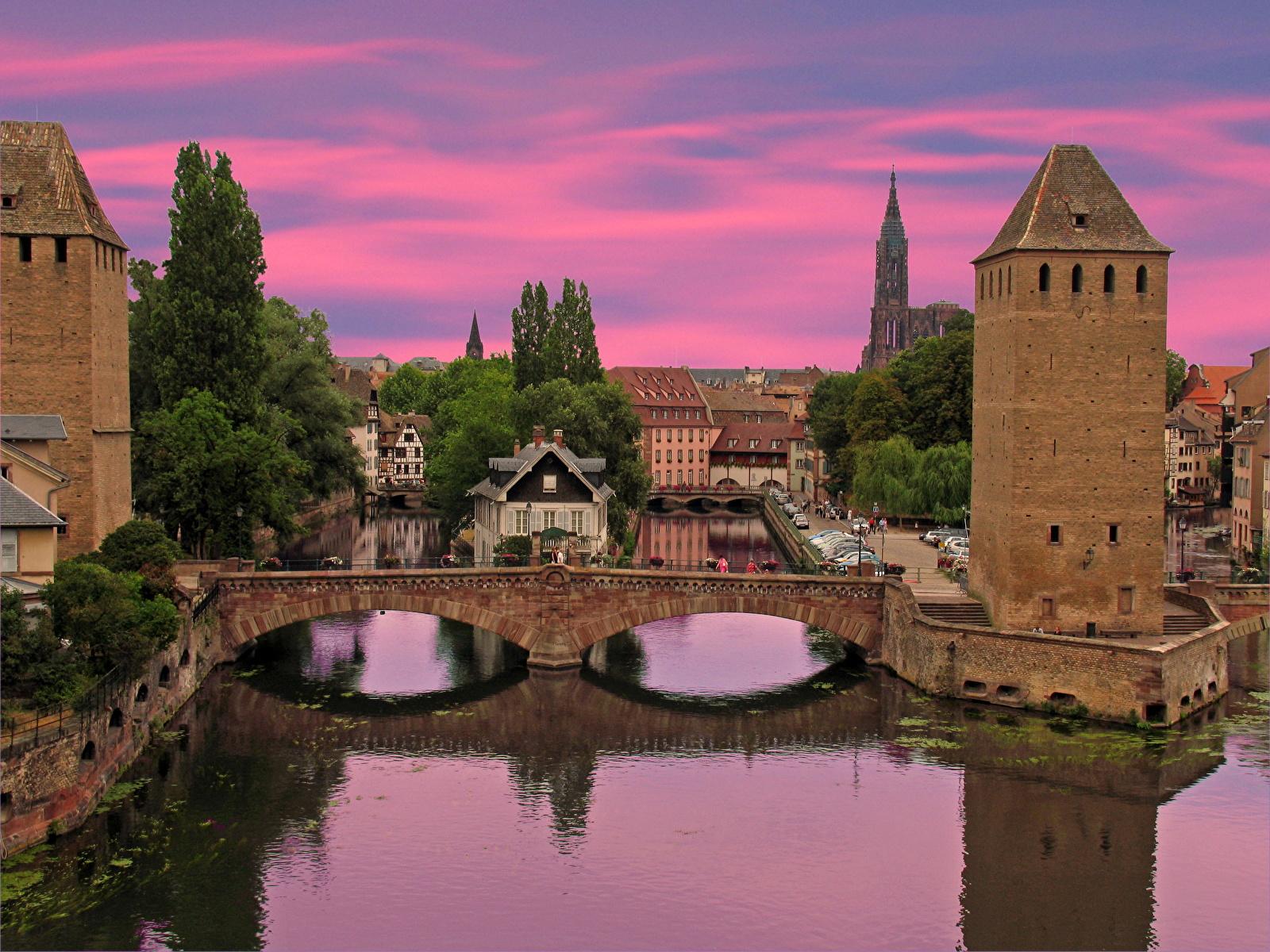Фотографии Франция Alsace Strasbour Мосты Реки Города 1600x1200 мост река речка город