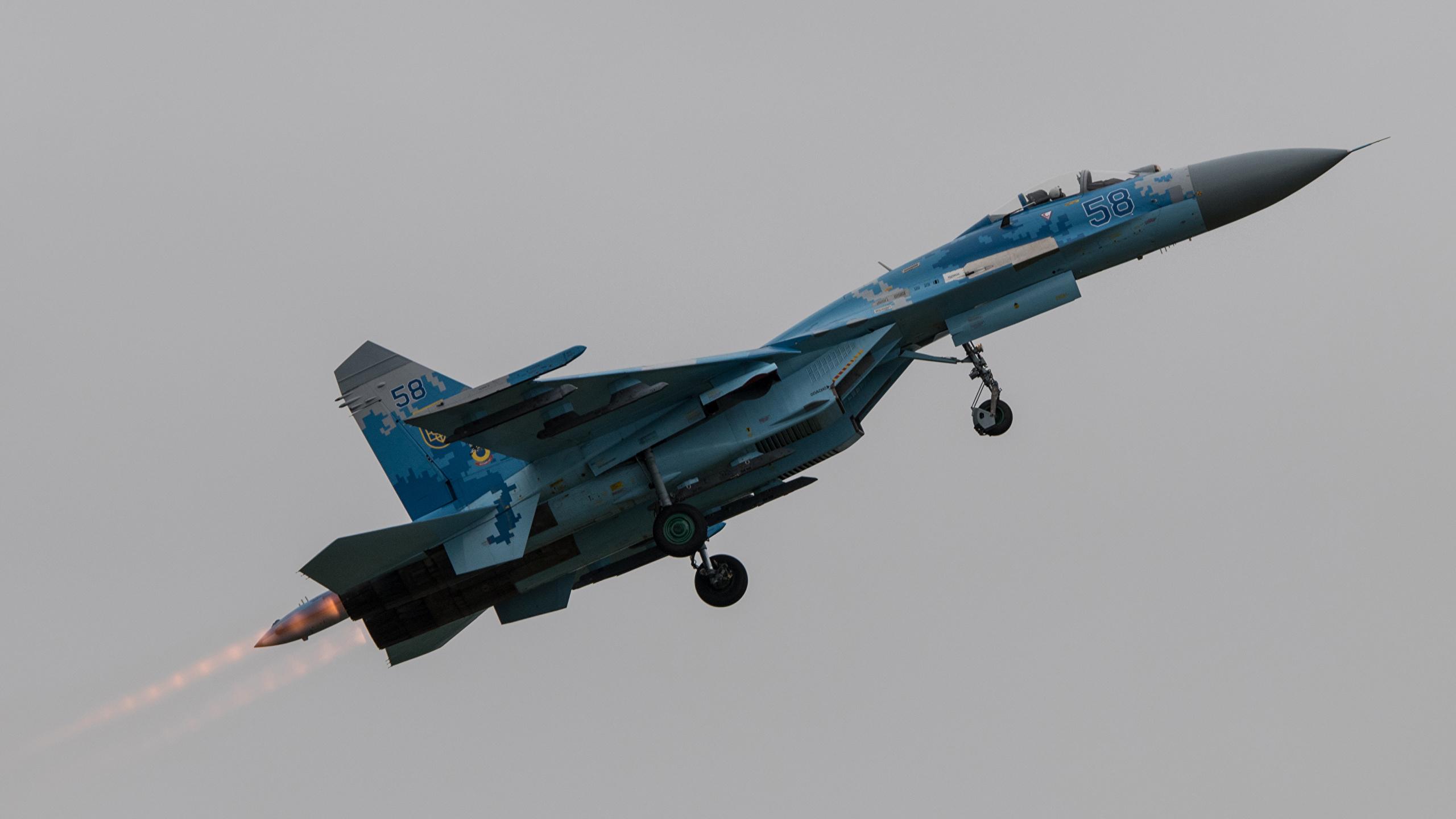 СУ-27 истребитель загрузить