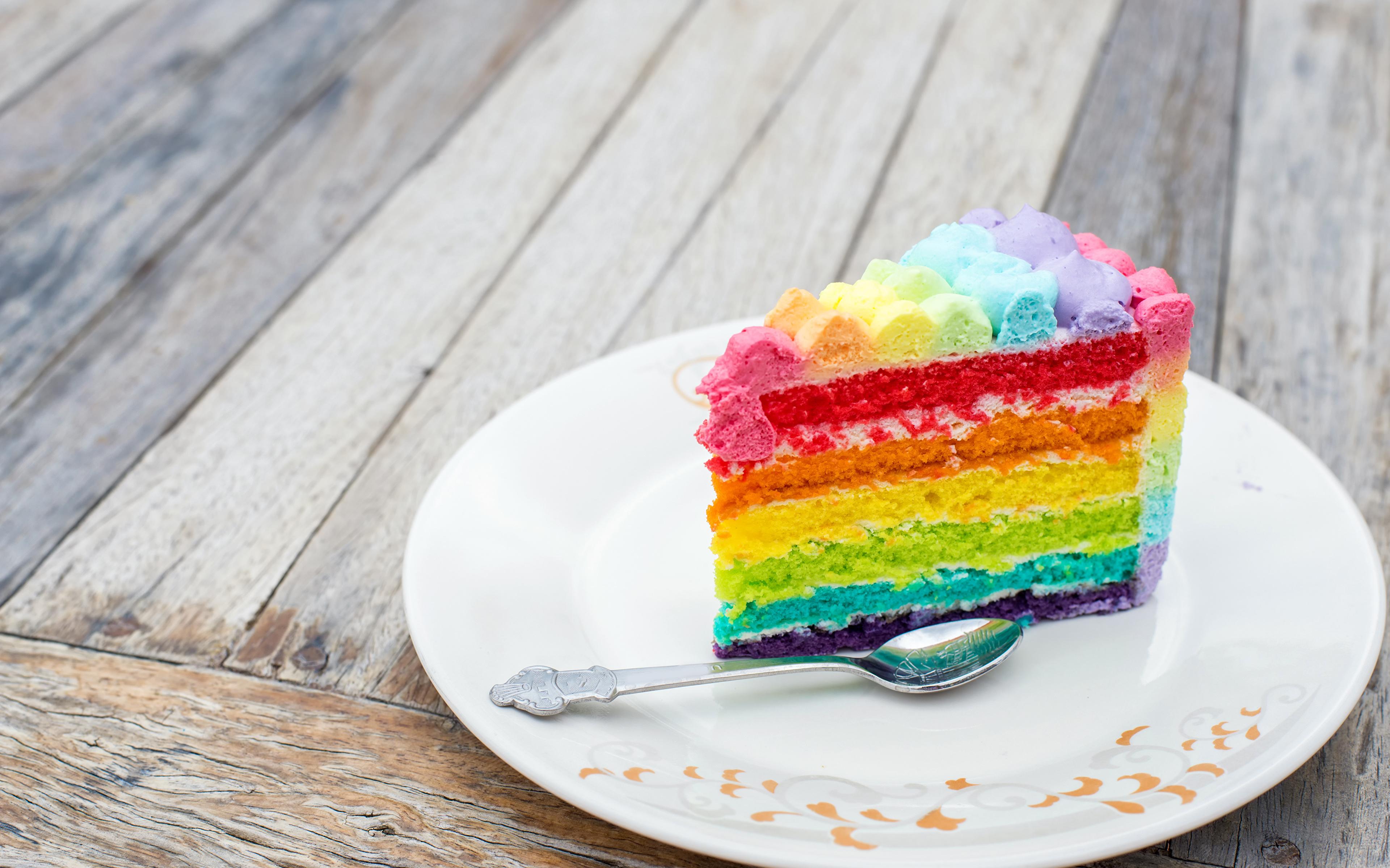 Картинка Разноцветные Торты кусочек Еда Ложка Тарелка 3840x2400 часть Кусок кусочки Пища ложки тарелке Продукты питания