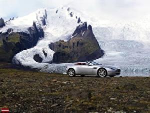 Обои Астон мартин Родстер V8-Vantage-Roadster-2007 Машины