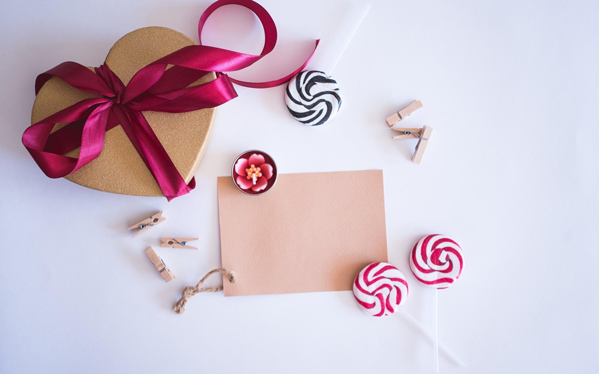 Фотография День всех влюблённых Сердце Леденцы Шаблон поздравительной открытки 1920x1200 День святого Валентина сердечко