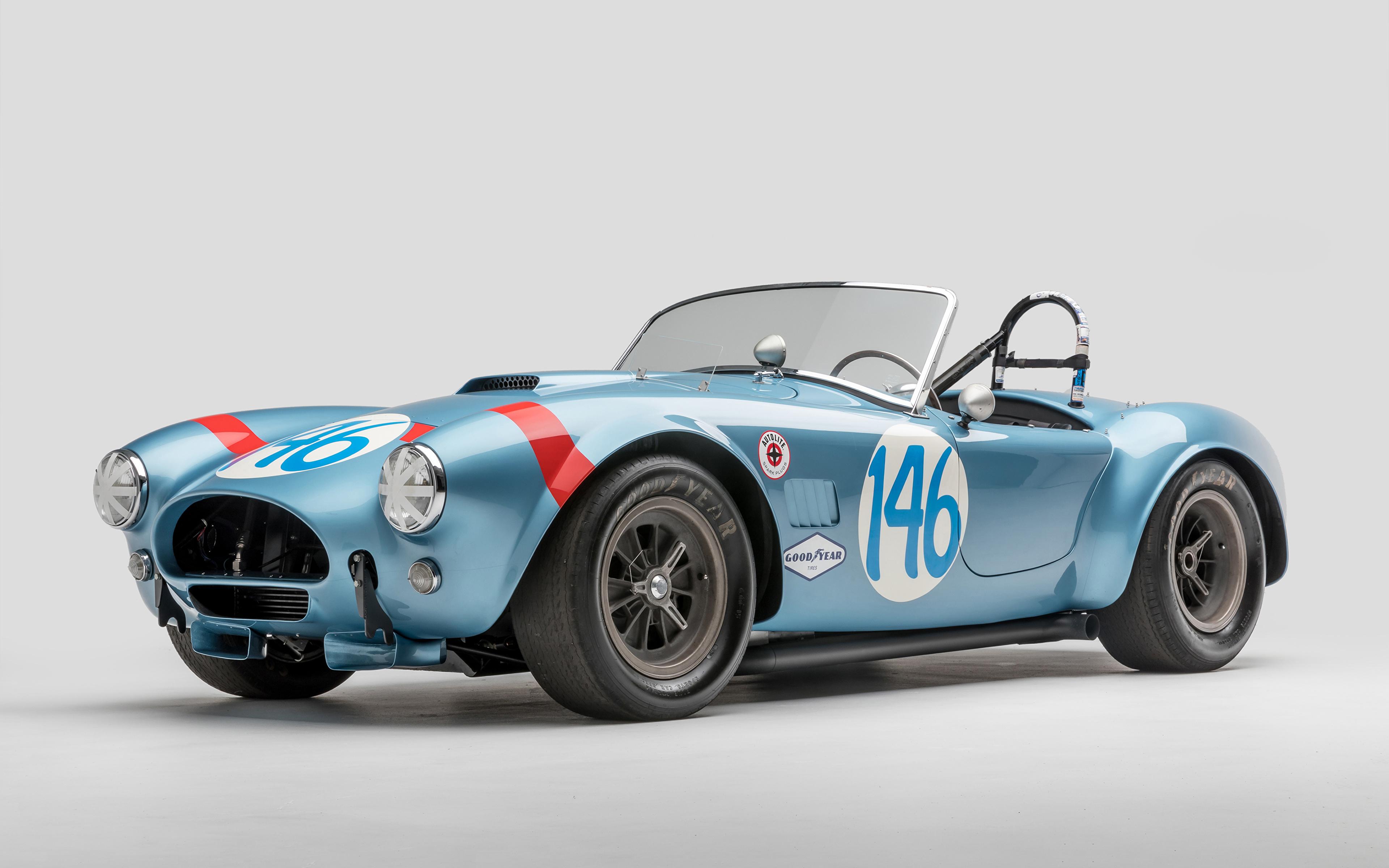 Обои SSC 1964 Shelby Cobra 289 FIA Competition Родстер Кабриолет Ретро Голубой Авто Серый фон 3840x2400 Shelby Super Cars Винтаж старинные Машины Автомобили