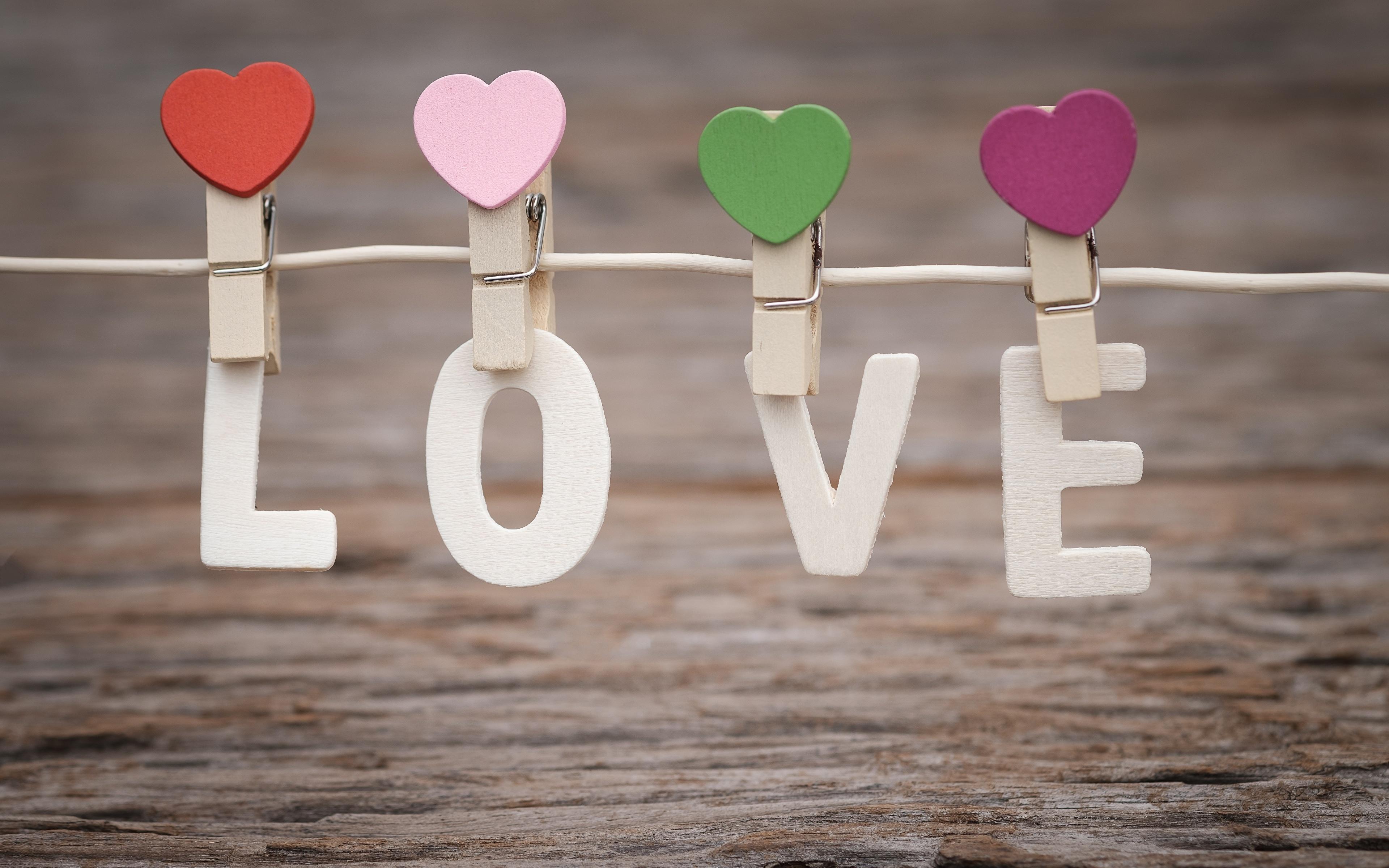Фотография День святого Валентина английская Сердце Прищепки Слово - Надпись 3840x2400 День всех влюблённых Английский инглийские серце сердца сердечко слова текст