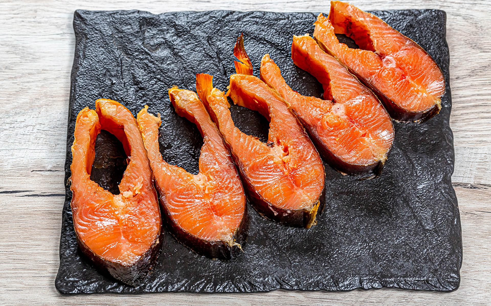 Обои для рабочего стола Рыба кусочки Еда 1920x1200 часть Кусок кусочек Пища Продукты питания