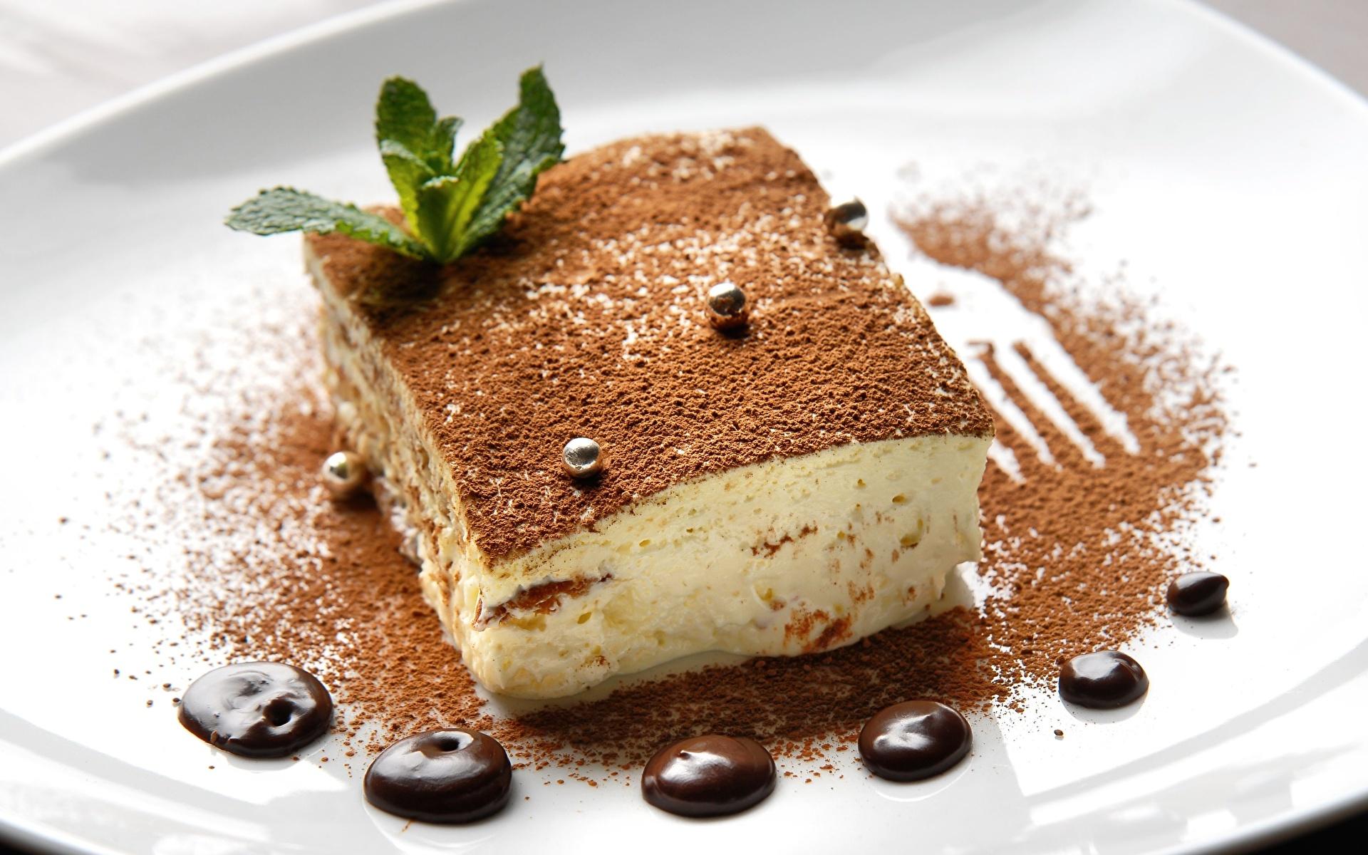 пирожное кусок шоколад тарелка скачать