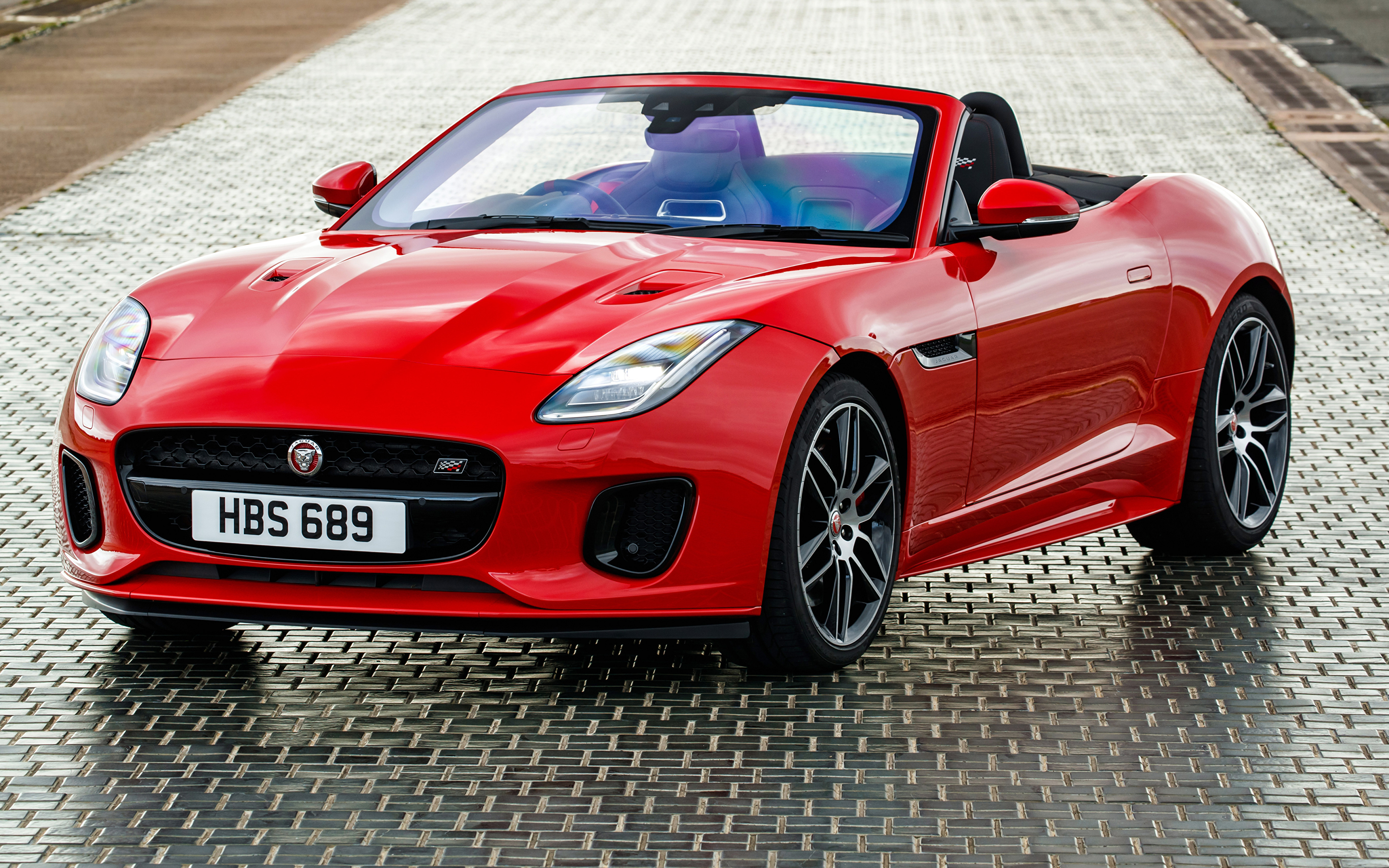Обои Ягуар 2018-19 F-Type  Chequered Flag  Convertible Кабриолет красные Авто Металлик 3840x2400 Jaguar кабриолета красных Красный красная Машины Автомобили