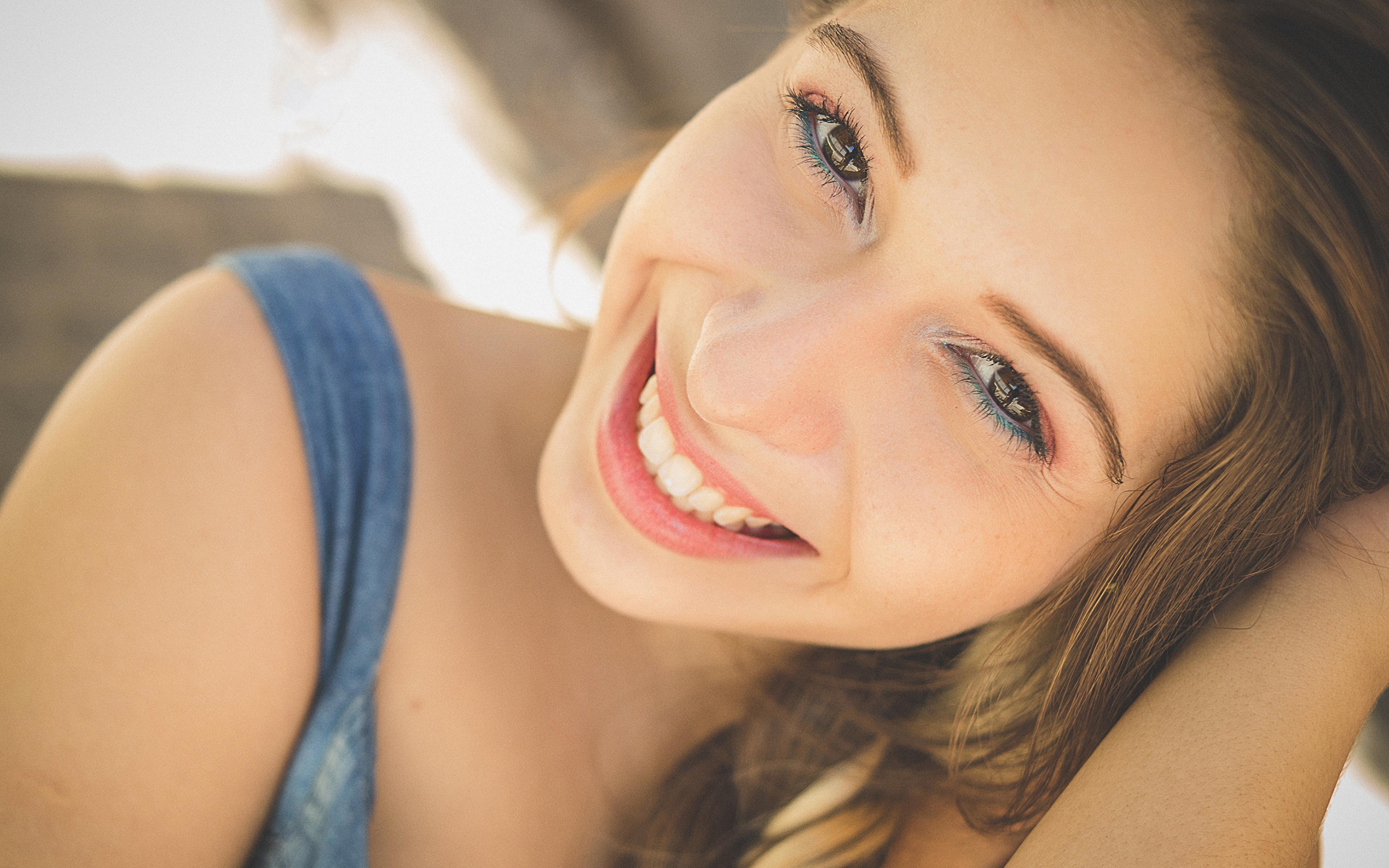 невероятно красивые улыбки девушек видео всё разумных пределах