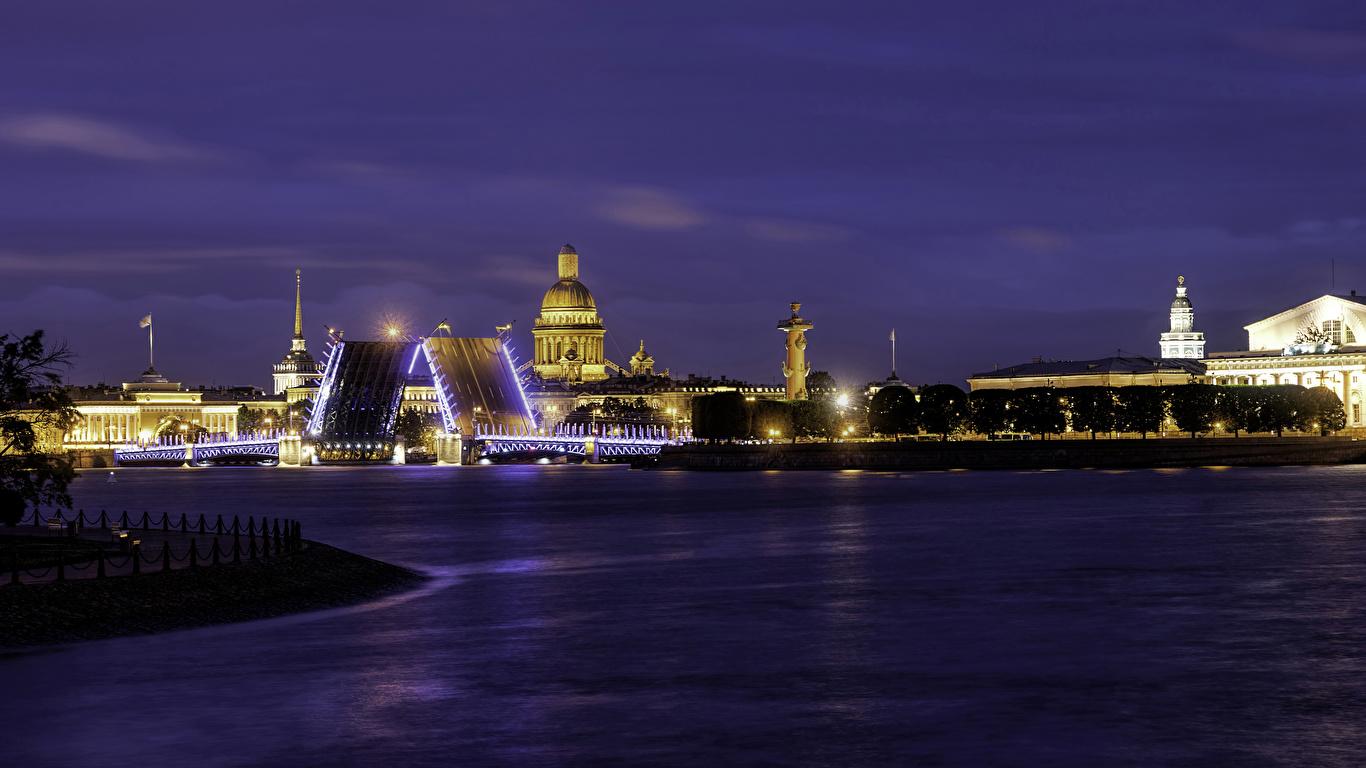 Картинки Санкт-Петербург Россия Palace Bridge мост Реки Ночные город Здания 1366x768 Мосты река Ночь речка ночью в ночи Дома Города