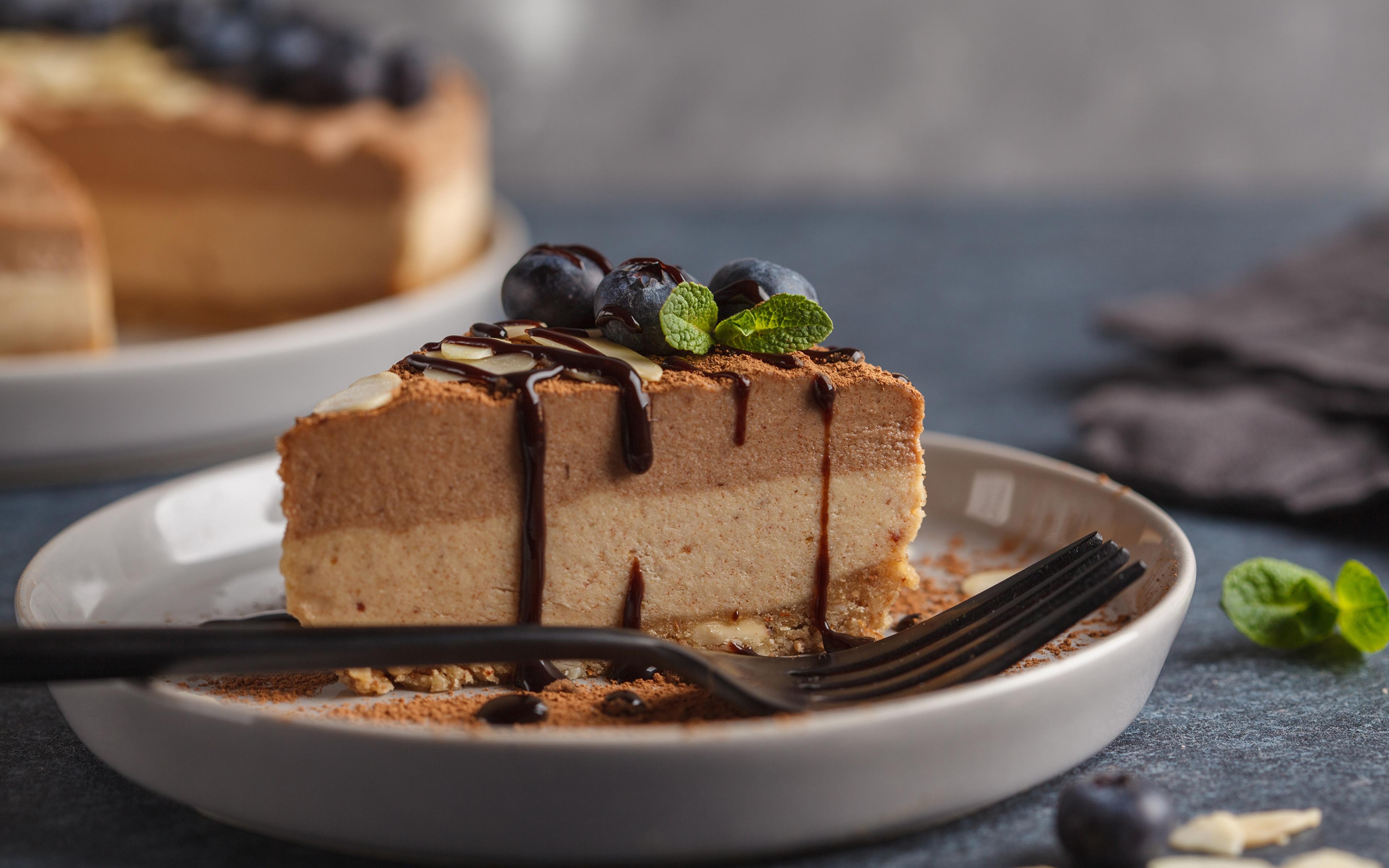Картинки Шоколад Торты кусочек Пища Вилка столовая 3840x2400 часть Кусок кусочки Еда вилки Продукты питания