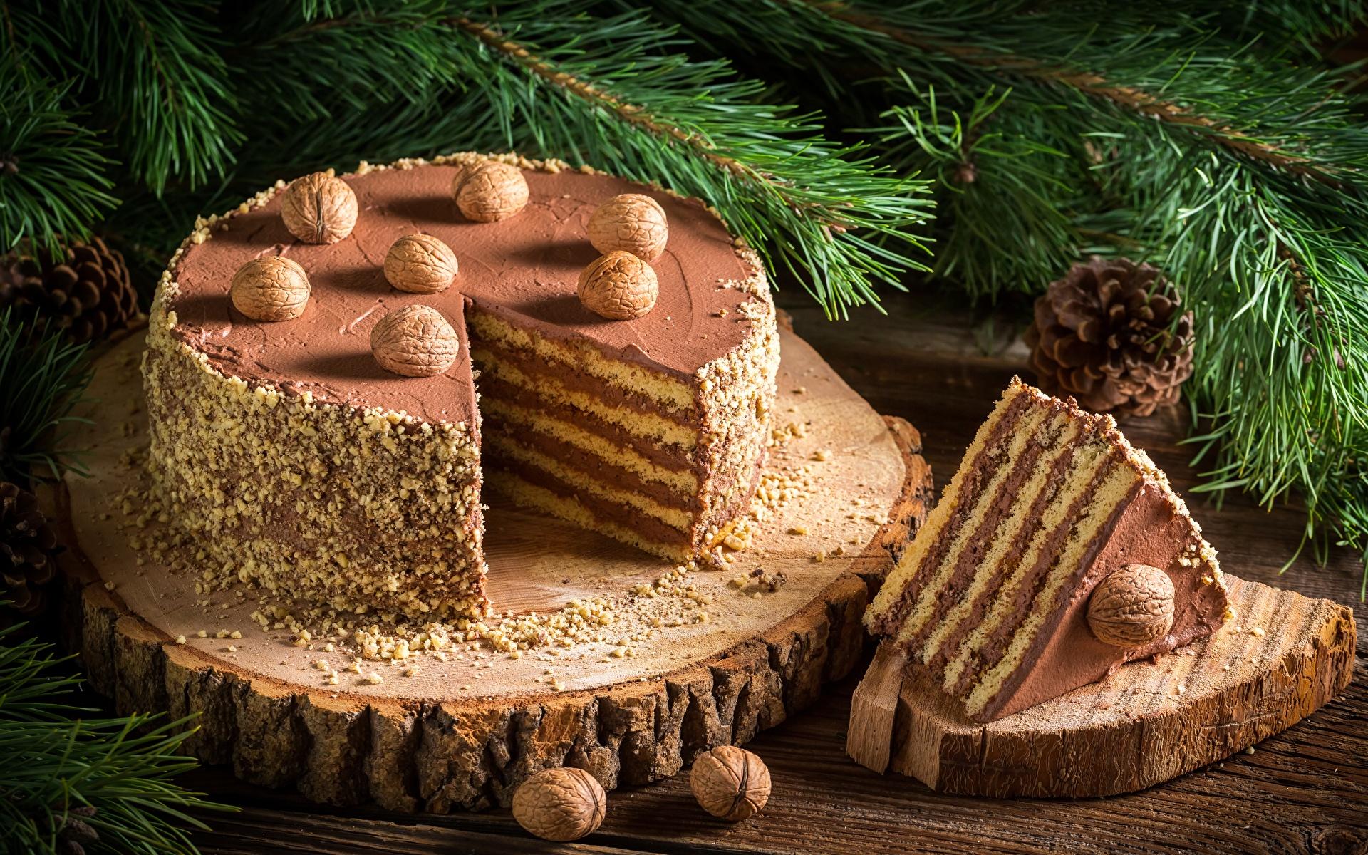 Обои Новый год Торты Кусок Продукты питания Орехи 1920x1200 Рождество часть Еда Пища