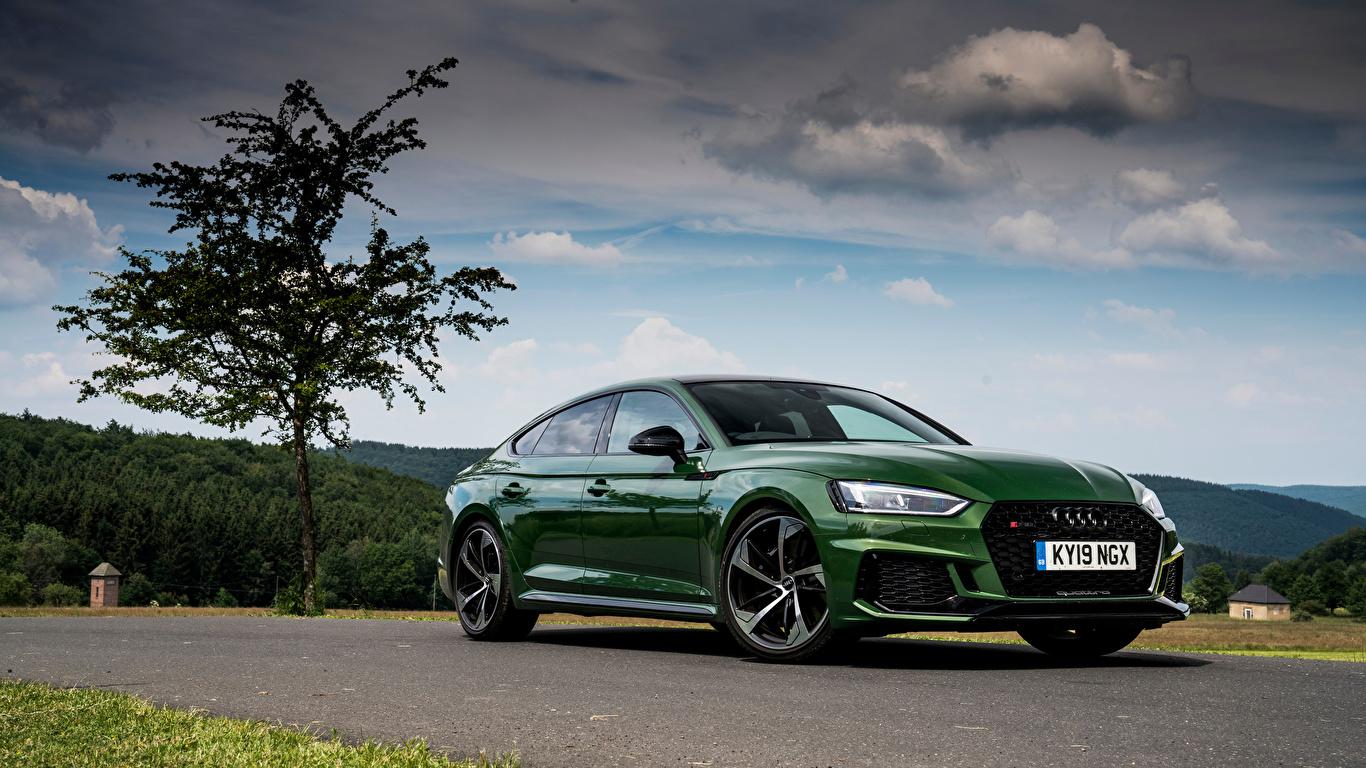 Фото Audi 2019 RS 5 Sportback зеленые авто Металлик 1366x768 Ауди зеленых Зеленый зеленая машина машины автомобиль Автомобили