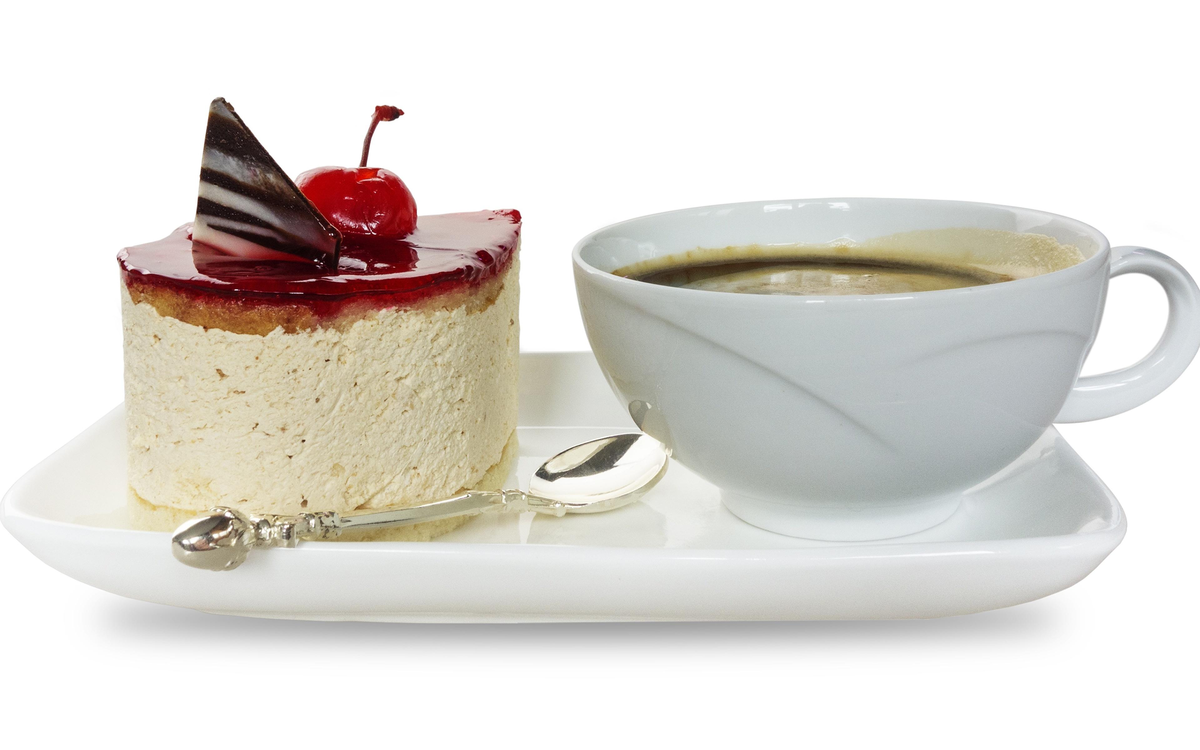 Обои для рабочего стола Кофе Торты Завтрак Десерт Пища чашке Белый фон 3840x2400 Еда Чашка Продукты питания белом фоне белым фоном