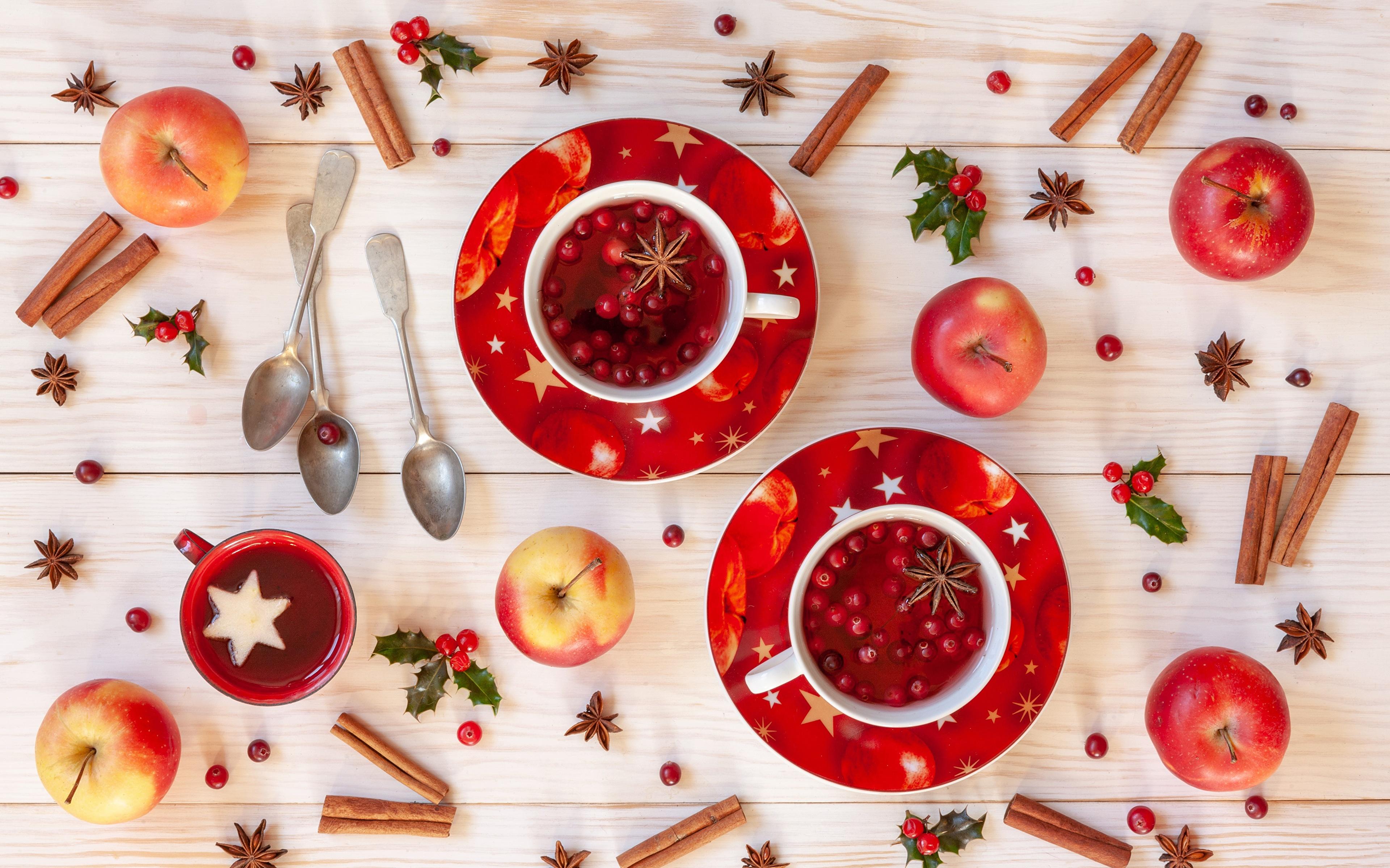 Картинки Рождество Яблоки Корица Пища Ложка чашке блюдца 3840x2400 Новый год Еда Чашка ложки Блюдце Продукты питания