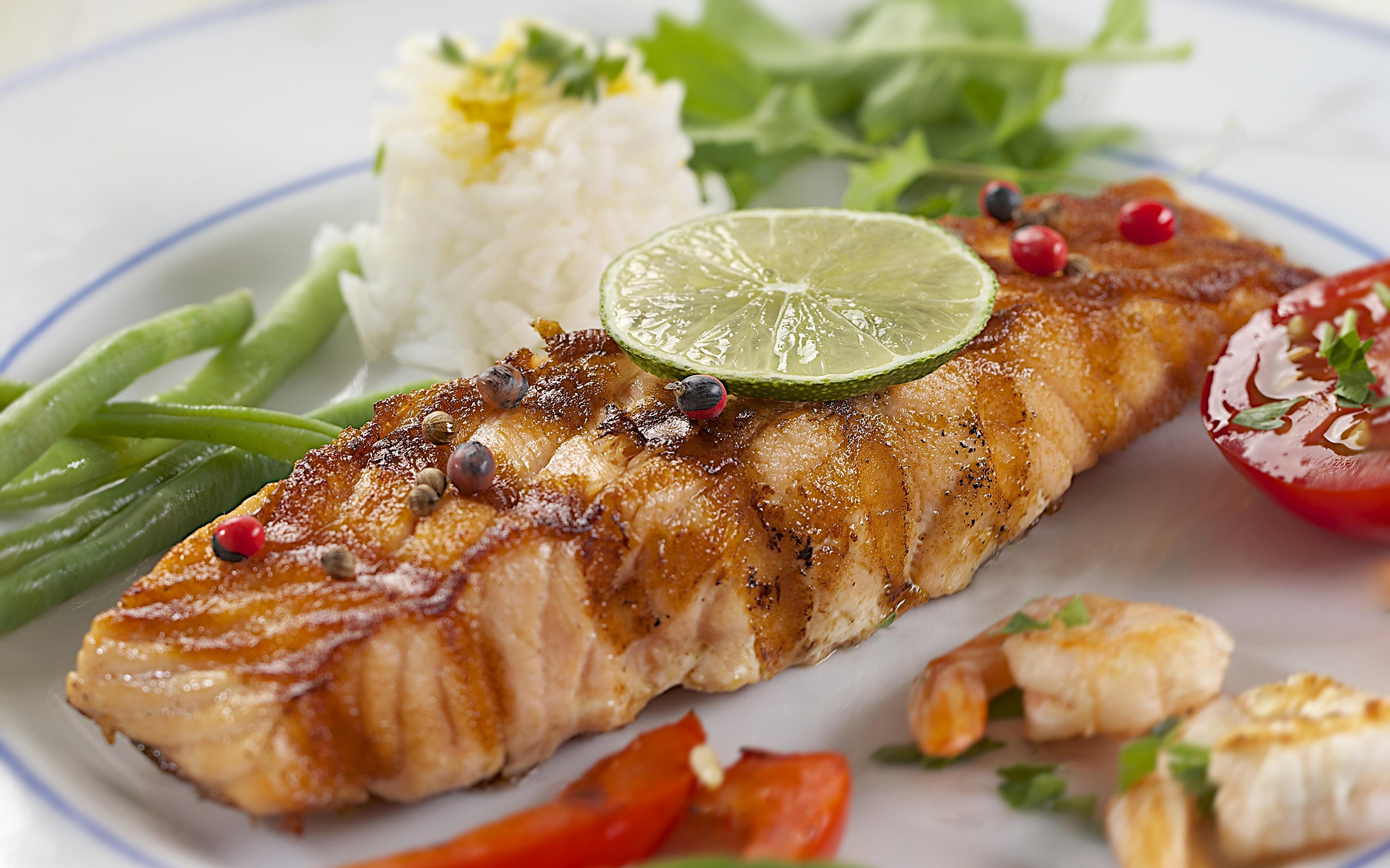 https://s1.1zoom.ru/b5050/744/Seafoods_Fish_Food_446184_3840x2400.jpg