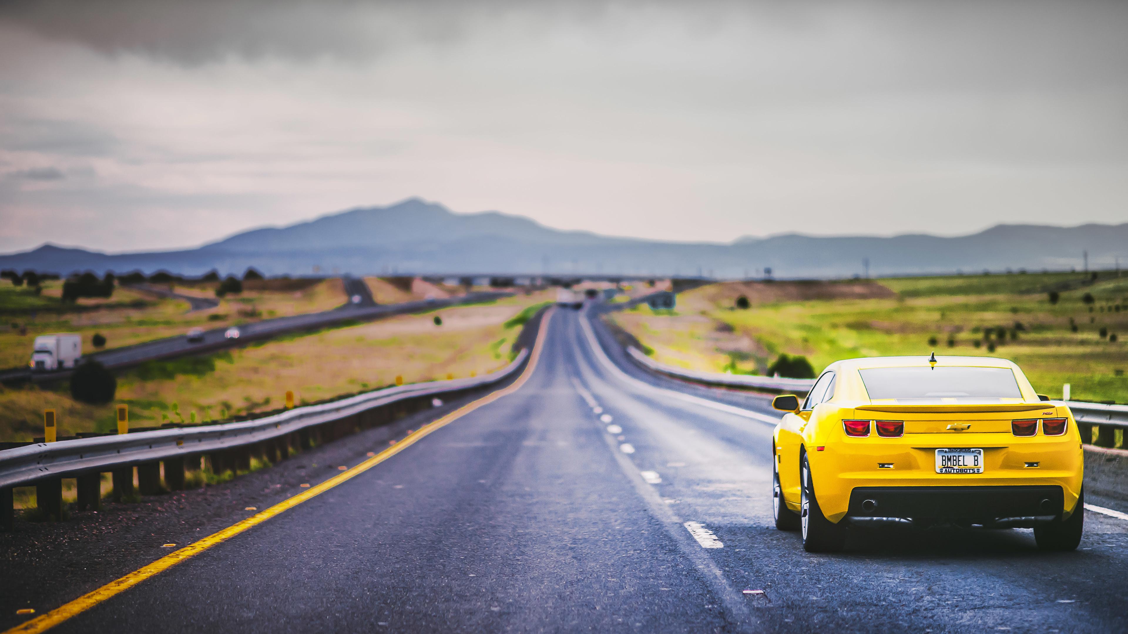 авто на дороге смотреть