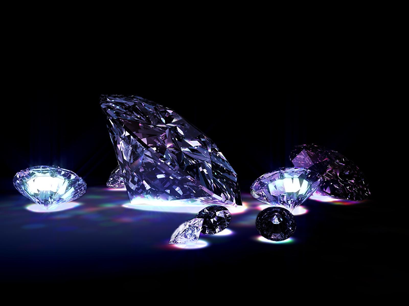 Фотографии Бриллиант на черном фоне 1600x1200 алмаз обработанный Черный фон
