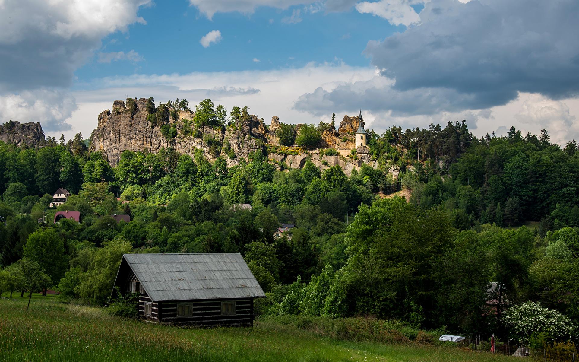 Фото Чехия castle Vranov Утес Замки Дома Города 1920x1200 Скала Здания