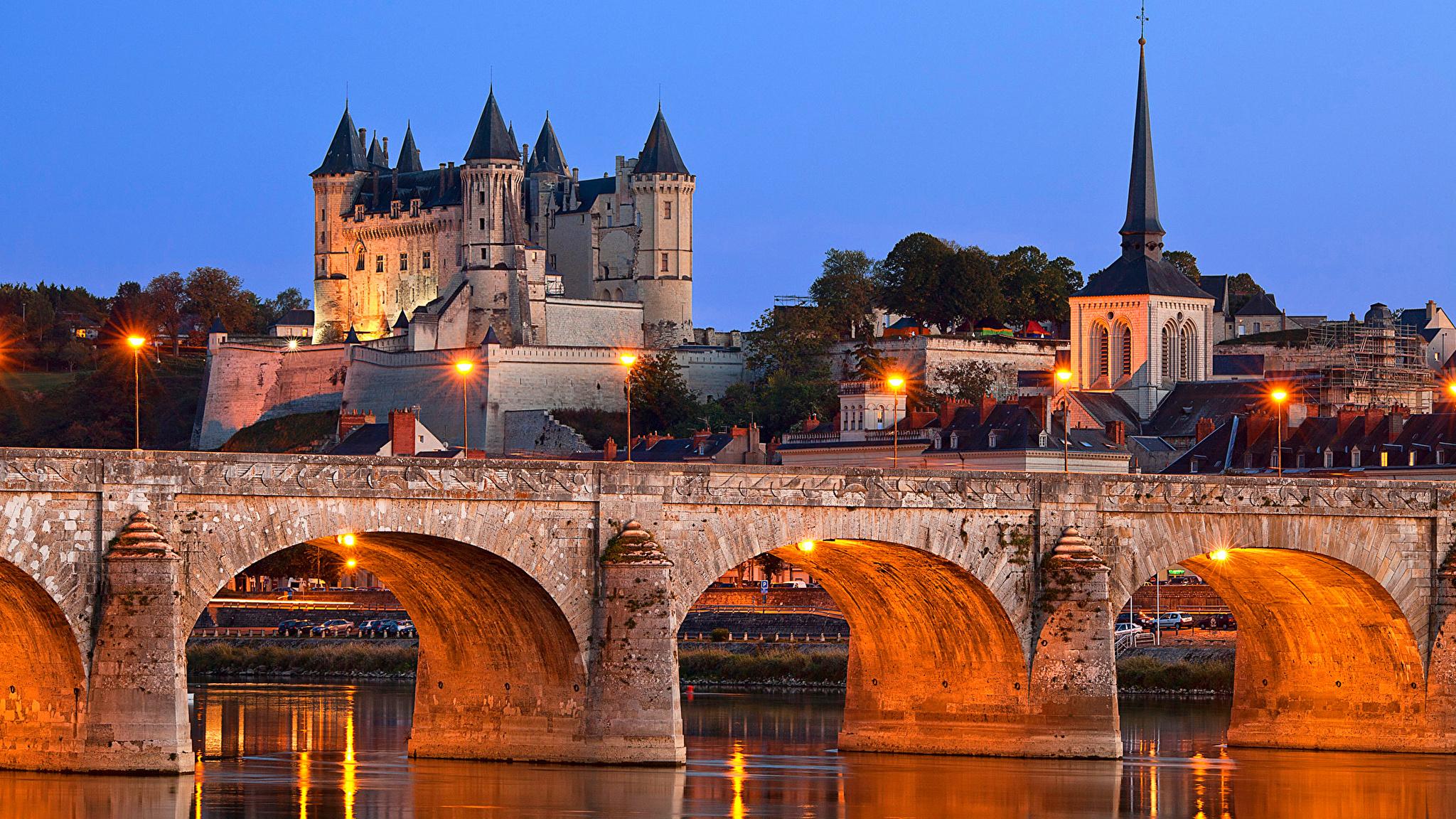 Chateau de Saumur, Saumur, France загрузить