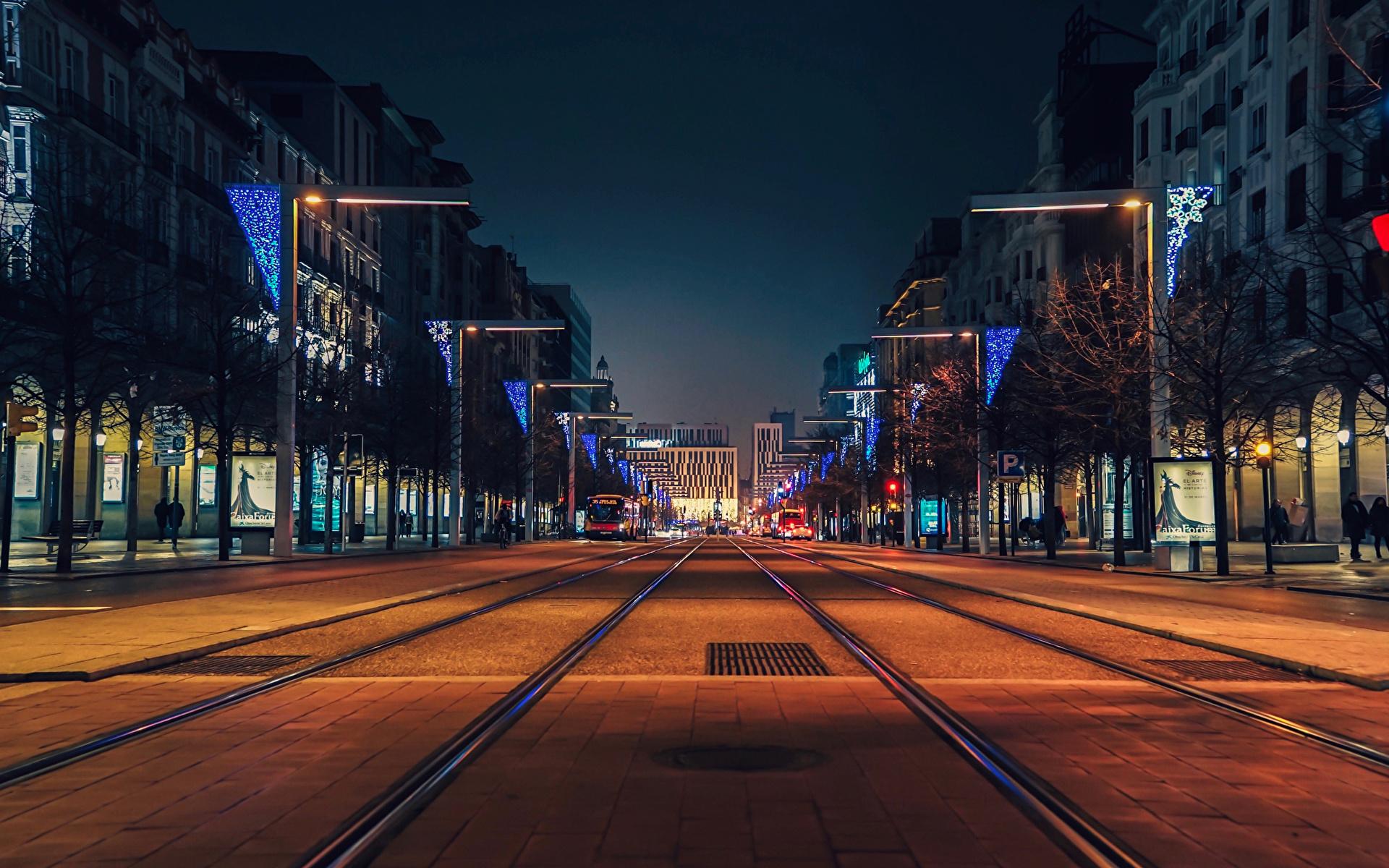 Фотография Испания Zaragoza Улица Дороги Вечер Дома Города 1920x1200 Здания