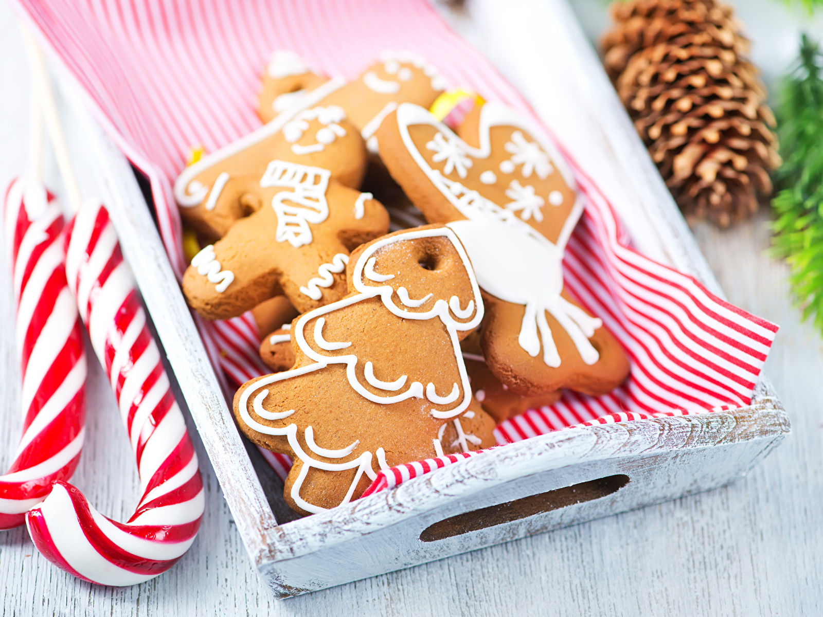 Картинки Рождество Еда Печенье сладкая еда дизайна 1600x1200 Новый год Пища Продукты питания Сладости Дизайн