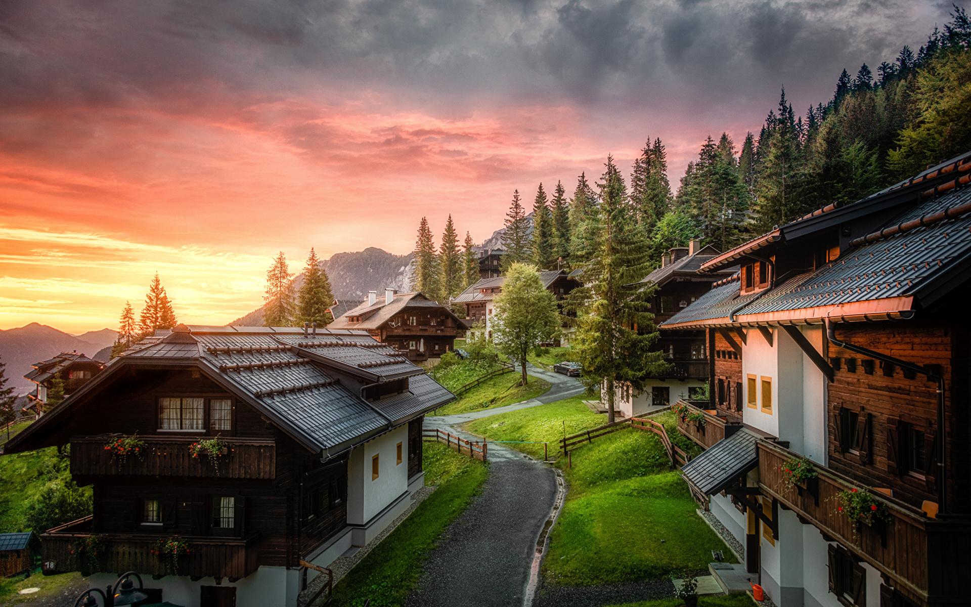 Фотография Австрия Carinthia Горы Природа Утро Дома облачно 1920x1200 гора Здания Облака облако