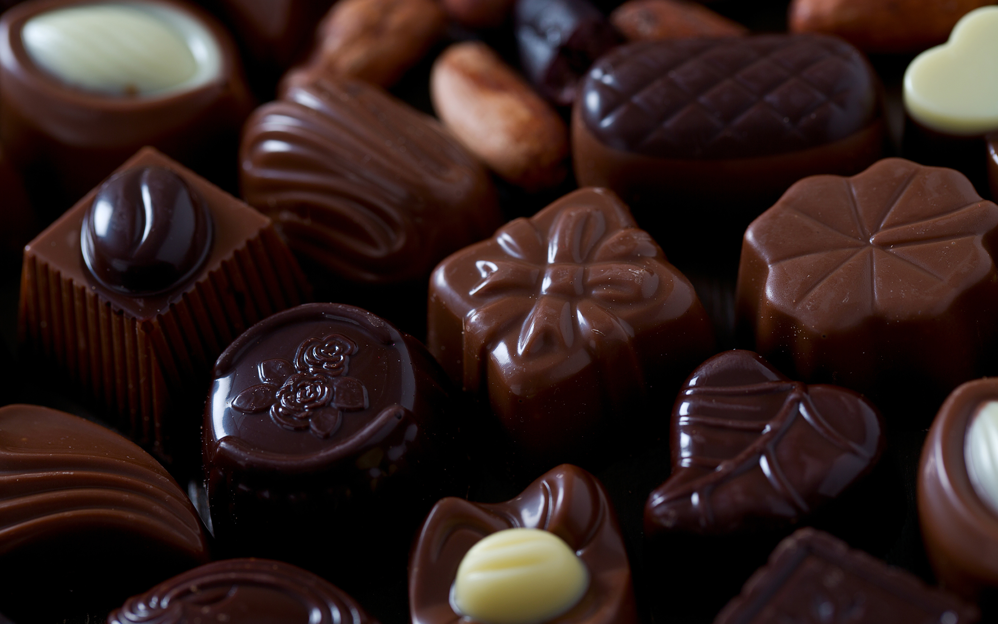Фотография Шоколад Конфеты Пища вблизи Сладости 3840x2400 Еда Продукты питания Крупным планом